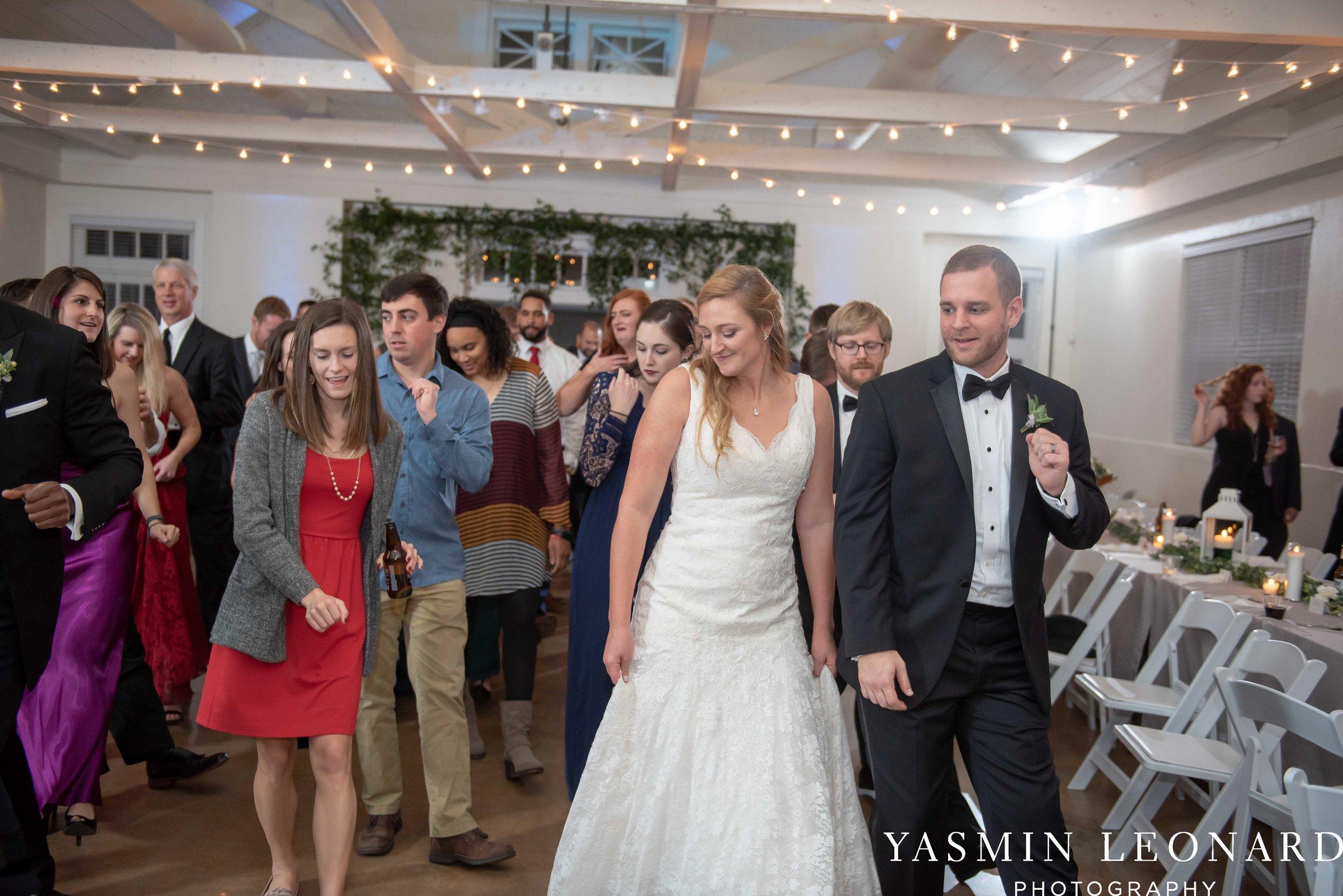 Barn at Reynolda Village - Winston Salem Wedding - White and Green Wedding - NC Wedding - NC Barns - Yasmin Leonard Photography-99.jpg