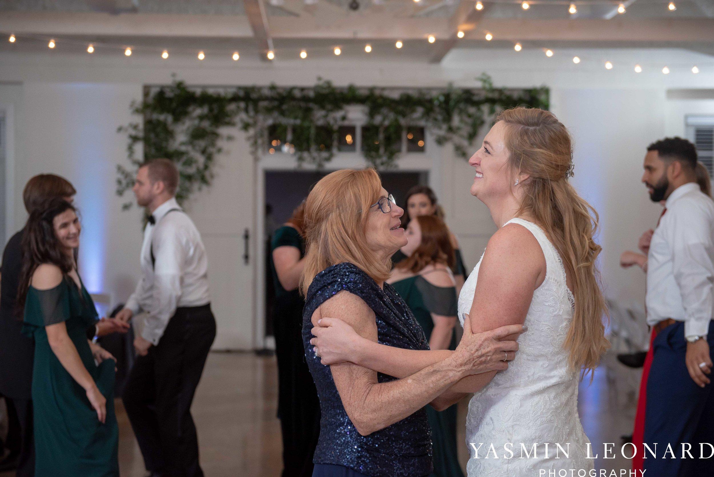 Barn at Reynolda Village - Winston Salem Wedding - White and Green Wedding - NC Wedding - NC Barns - Yasmin Leonard Photography-103.jpg