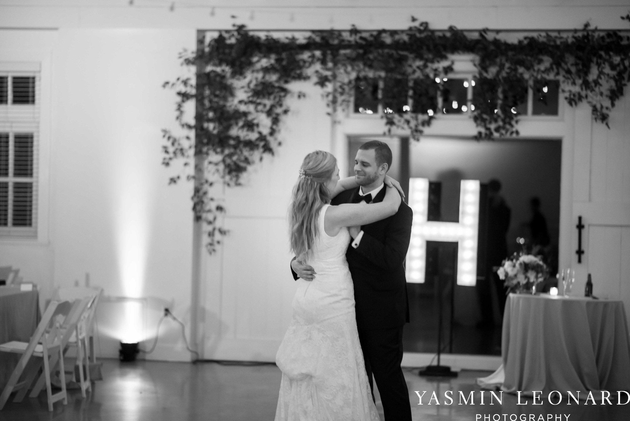 Barn at Reynolda Village - Winston Salem Wedding - White and Green Wedding - NC Wedding - NC Barns - Yasmin Leonard Photography-106.jpg