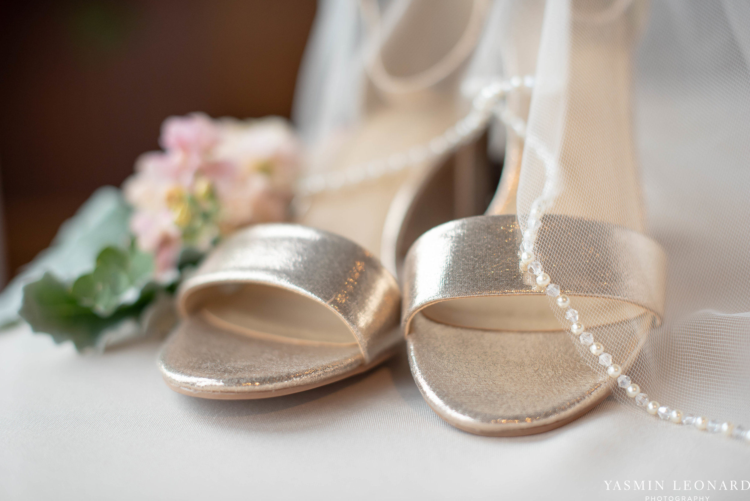 The Lofts at Union Square - Unions - High Point Weddings - NC Weddings - NC Wedding Photographer - Yasmin Leonard Photography - Just Priceless - Green Pink and Gold Wedding - Elegant Wedding-4.jpg