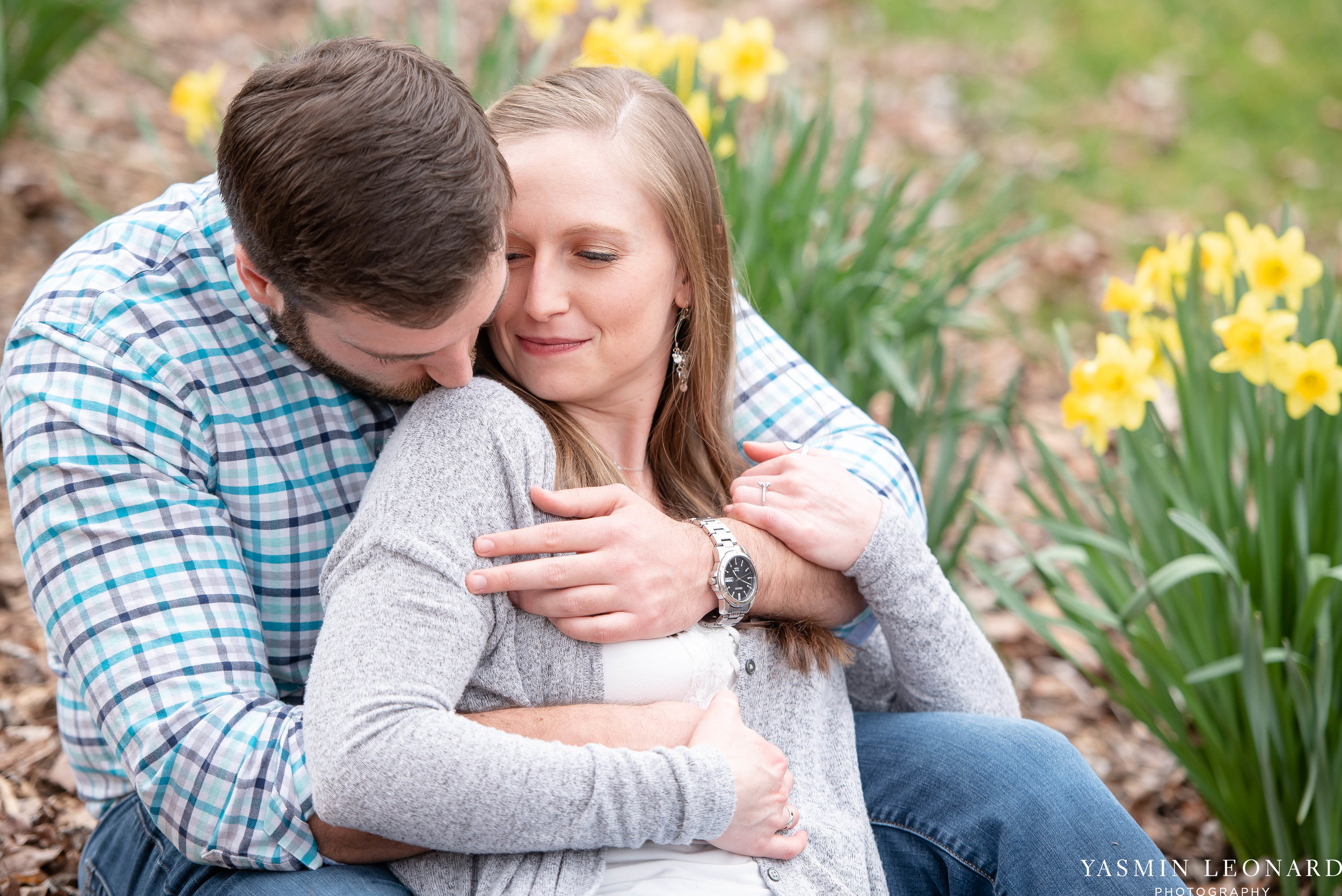 Engagement Session at Tanglewood - Spring Engagement Session - Engagement Session Ideas - Engagement Pictures - What to Wear for Engagement Pictures - Yasmin Leonard Photography-3.jpg