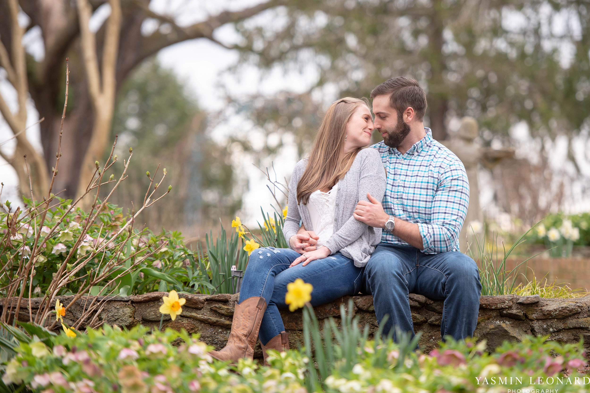 Engagement Session at Tanglewood - Spring Engagement Session - Engagement Session Ideas - Engagement Pictures - What to Wear for Engagement Pictures - Yasmin Leonard Photography-5.jpg