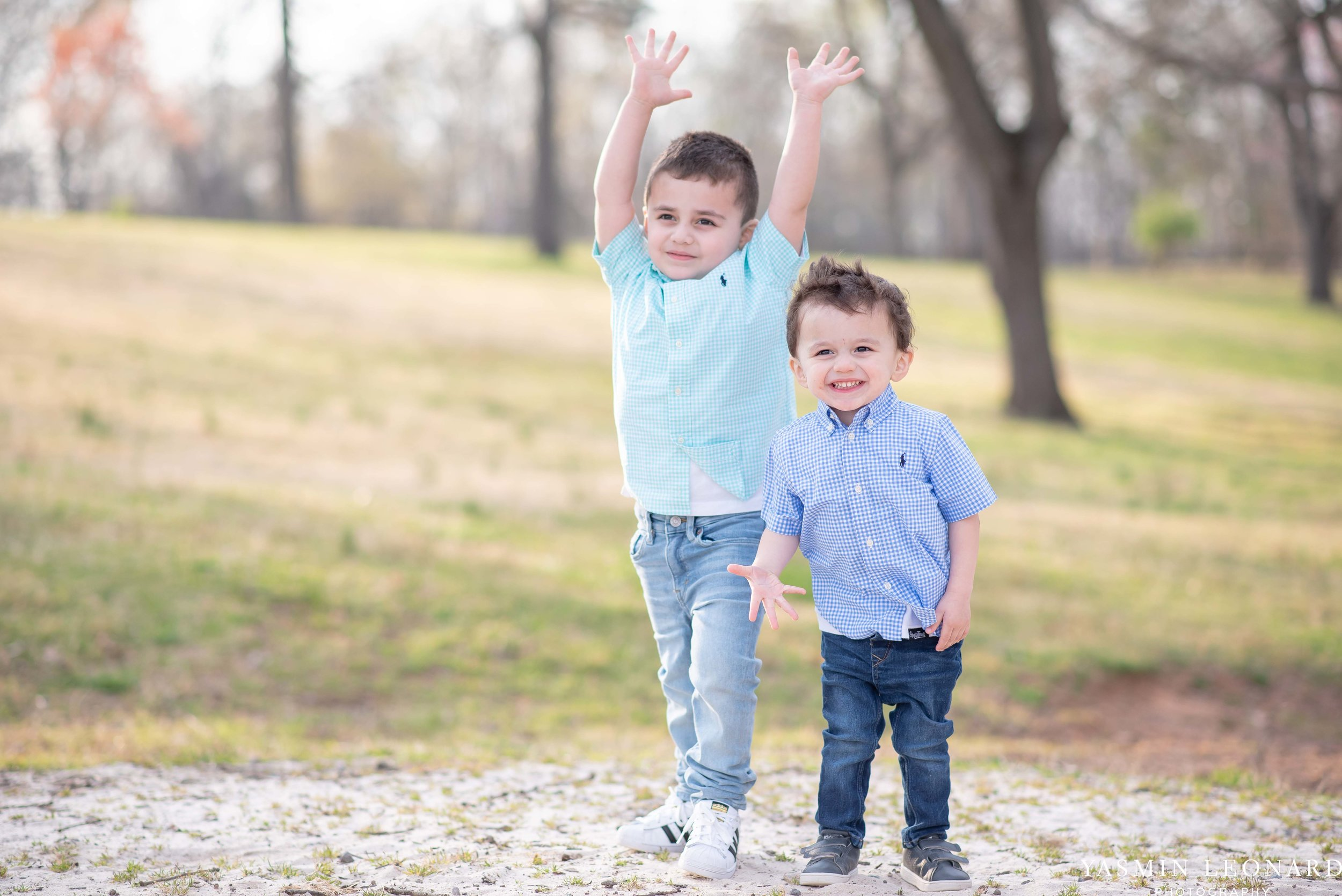 Family Portraits - Family Session - Unique Family Portraits - Family Portrait Ideas with Kids - High Point Family Portraits - Spring Picture Ideas - Kids Picture Ideas - Toddler Picture Ideas - Yasmin Leonard Photography-12.jpg