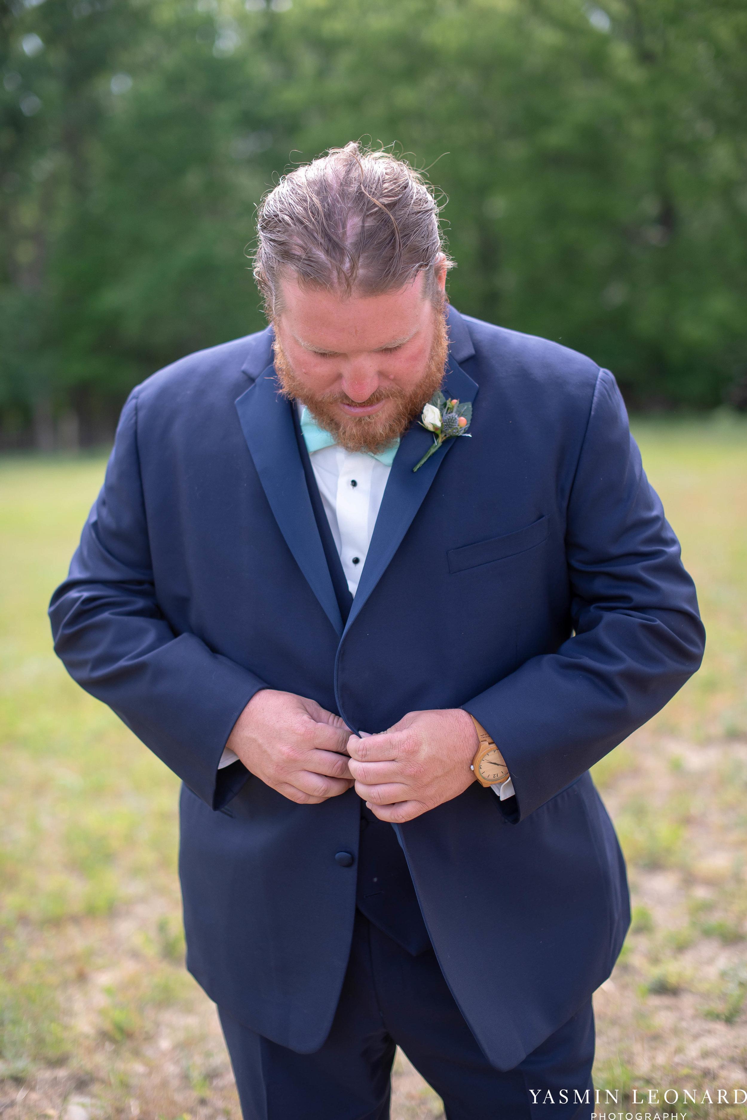 Rain on your wedding day - Rainy Wedding - Plan B for Rain - What to do if it rains on your wedding day - Wedding Inspiration - Outdoor wedding ideas - Rainy Wedding Pictures - Yasmin Leonard Photography-9.jpg