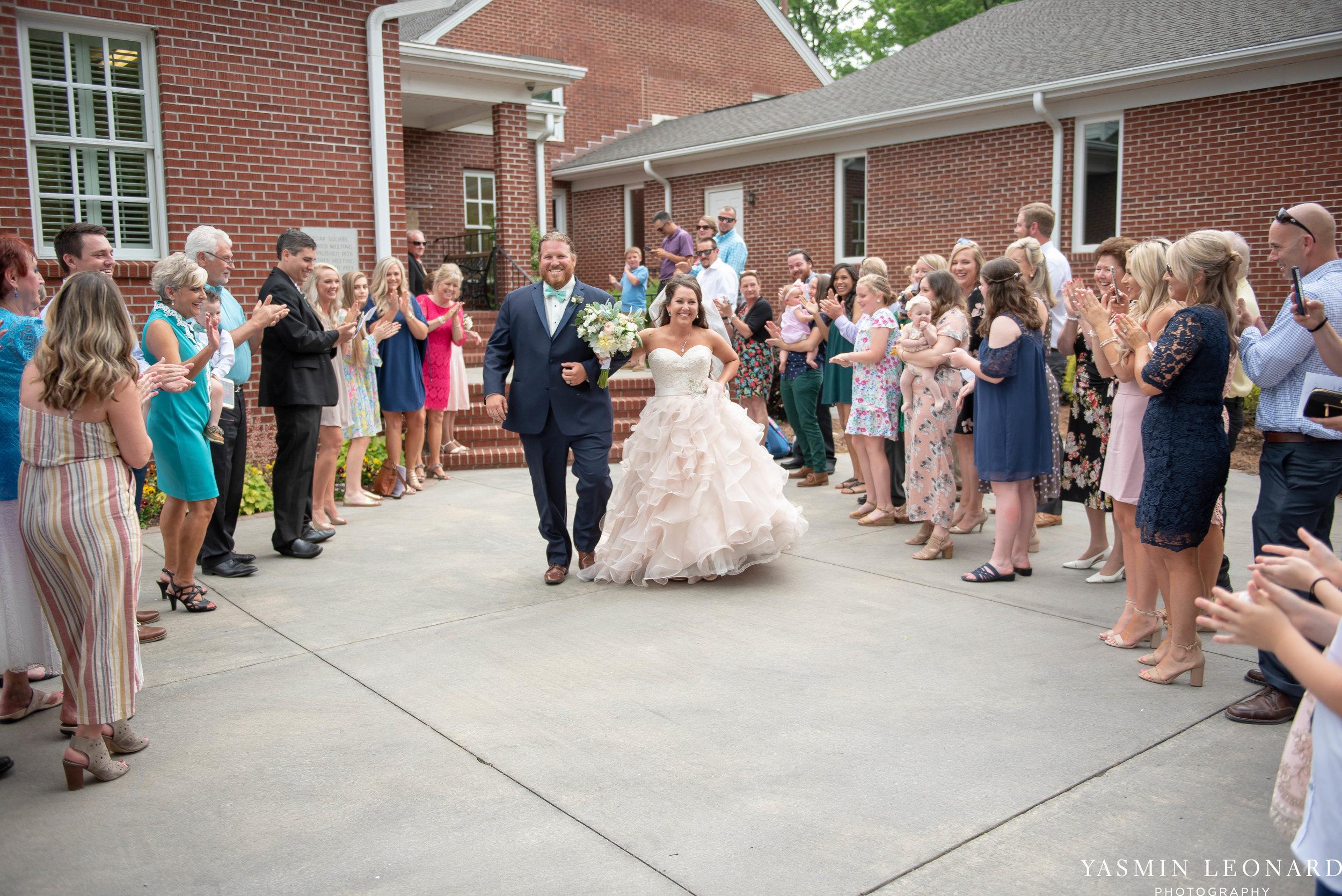 Rain on your wedding day - Rainy Wedding - Plan B for Rain - What to do if it rains on your wedding day - Wedding Inspiration - Outdoor wedding ideas - Rainy Wedding Pictures - Yasmin Leonard Photography-34.jpg
