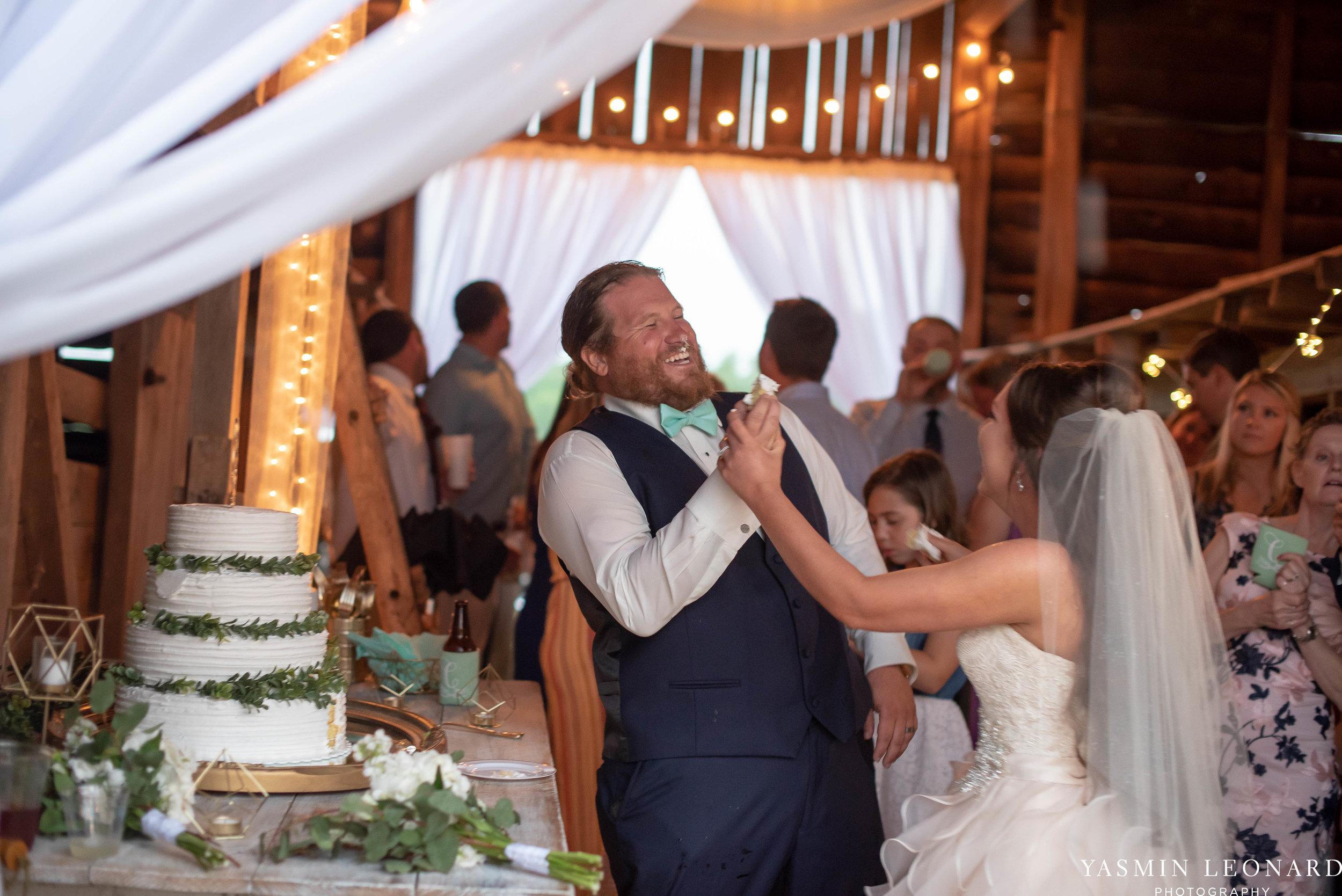 Rain on your wedding day - Rainy Wedding - Plan B for Rain - What to do if it rains on your wedding day - Wedding Inspiration - Outdoor wedding ideas - Rainy Wedding Pictures - Yasmin Leonard Photography-67.jpg