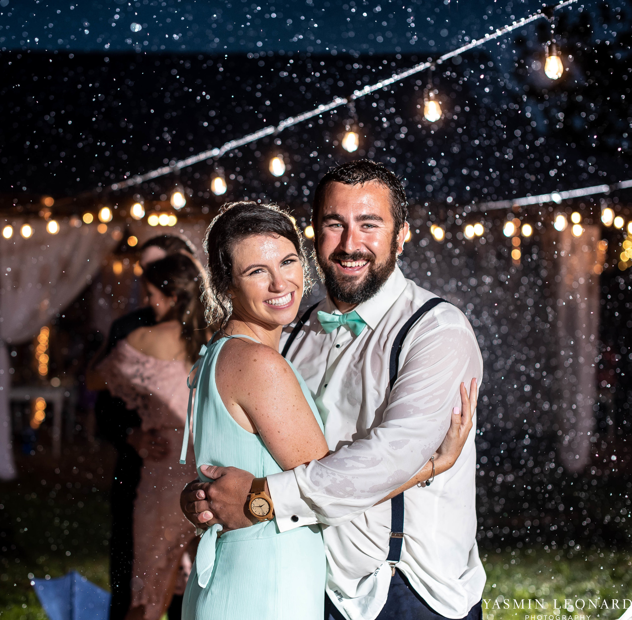 Rain on your wedding day - Rainy Wedding - Plan B for Rain - What to do if it rains on your wedding day - Wedding Inspiration - Outdoor wedding ideas - Rainy Wedding Pictures - Yasmin Leonard Photography-83.jpg