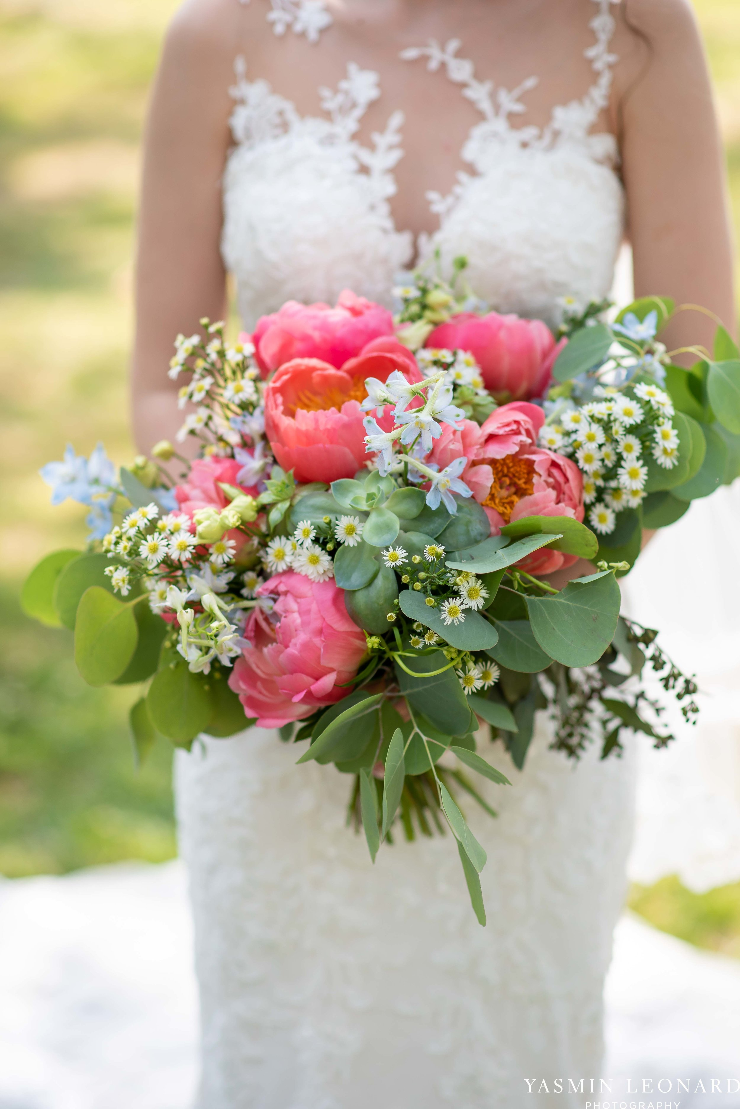 Old Homeplace Vineyard - NC Weddings - Outdoor Summer Weddings - Peony Boutique - Vineyard Wedding - NC Photographer - Yasmin Leonard Photography-12.jpg