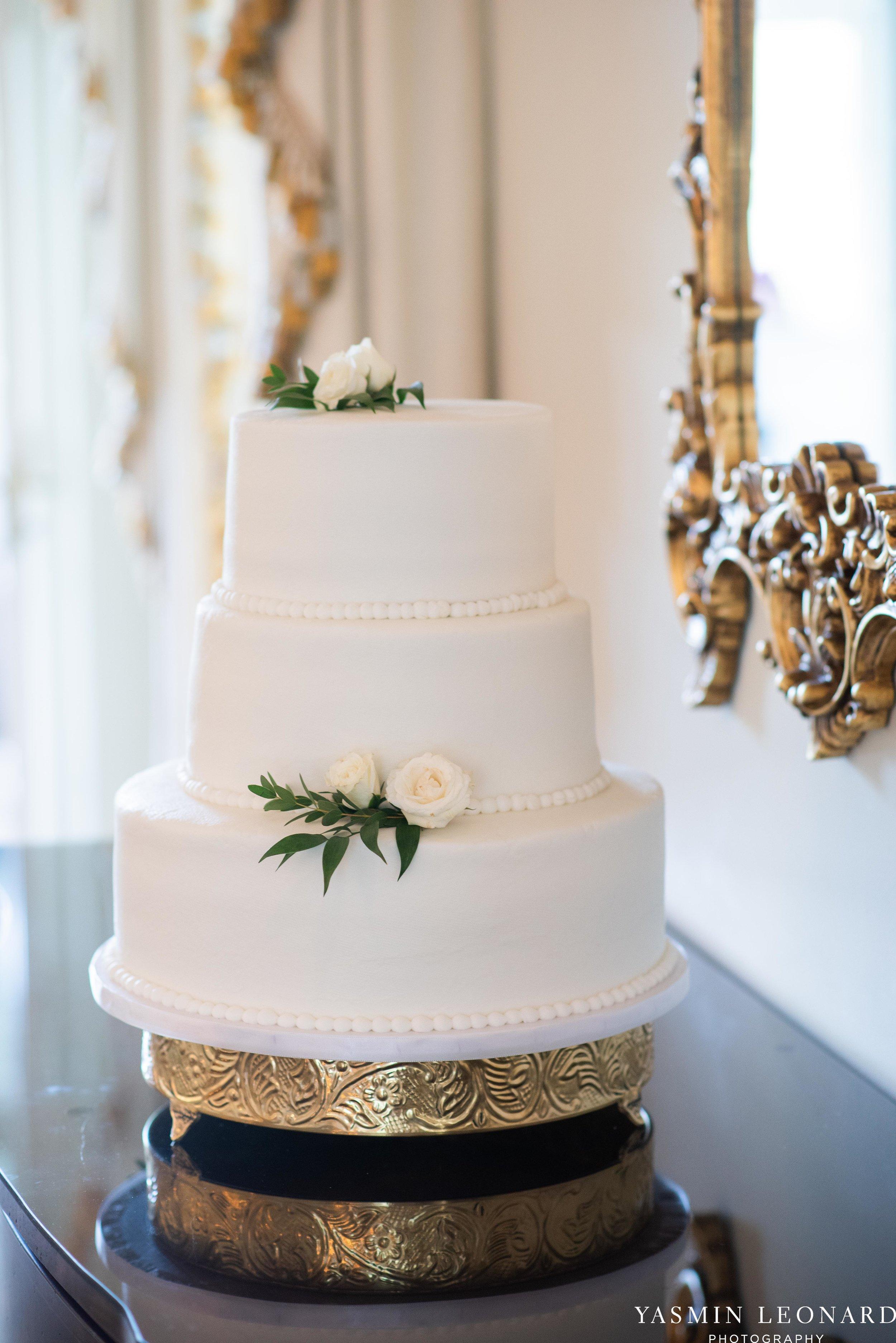 Boxwood Estate - Boxwood Estate Wedding - Luxury Wedding - Black and White Wedding - NC Wedding Venues - NC Weddings - NC Photographer - Lantern Release Grand Exit - Large Wedding Party - Yasmin Leonard Photography-3.jpg
