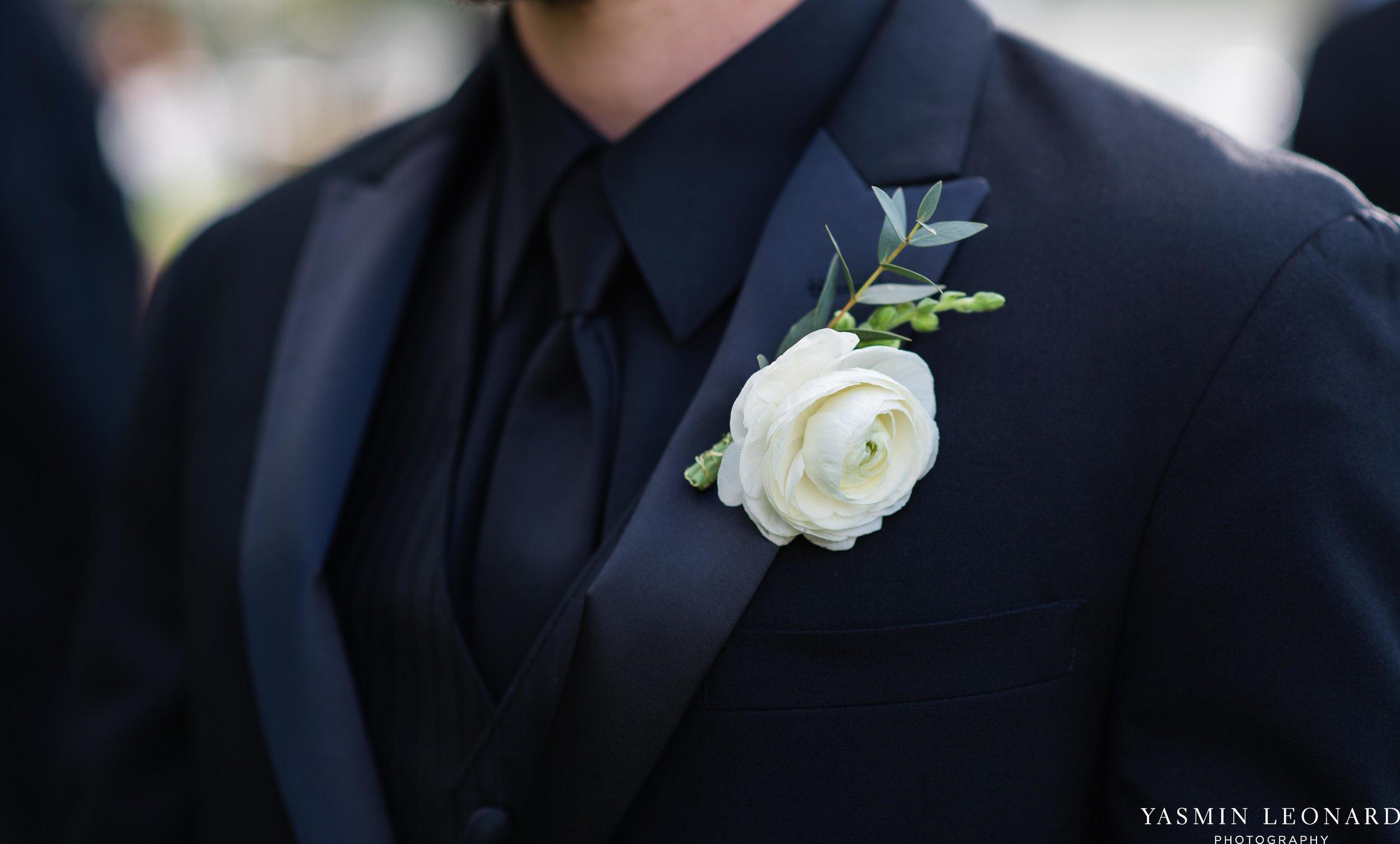 Boxwood Estate - Boxwood Estate Wedding - Luxury Wedding - Black and White Wedding - NC Wedding Venues - NC Weddings - NC Photographer - Lantern Release Grand Exit - Large Wedding Party - Yasmin Leonard Photography-11.jpg