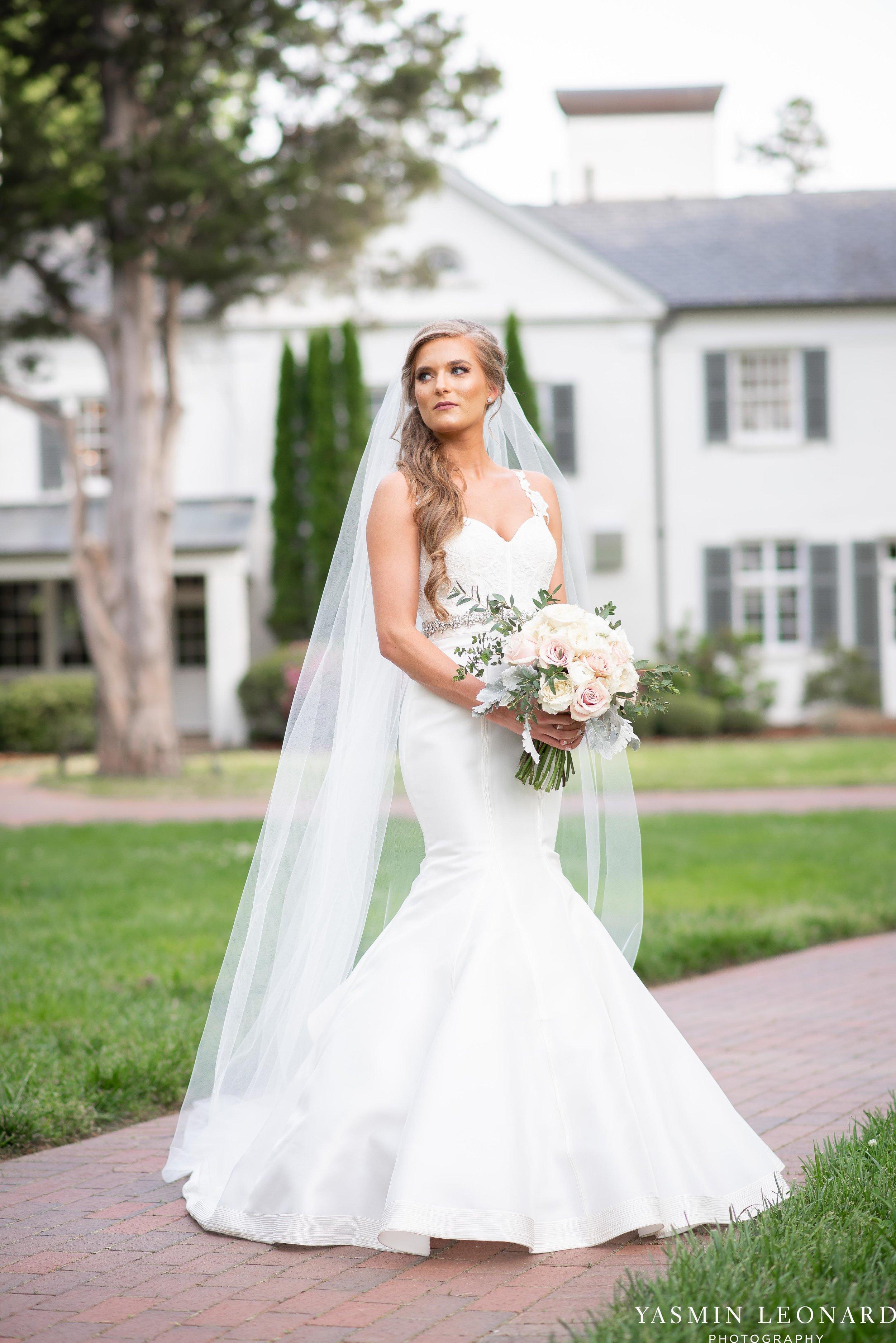Boxwood Estate - Boxwood Estate Wedding - Luxury Wedding - Black and White Wedding - NC Wedding Venues - NC Weddings - NC Photographer - Lantern Release Grand Exit - Large Wedding Party - Yasmin Leonard Photography-14.jpg