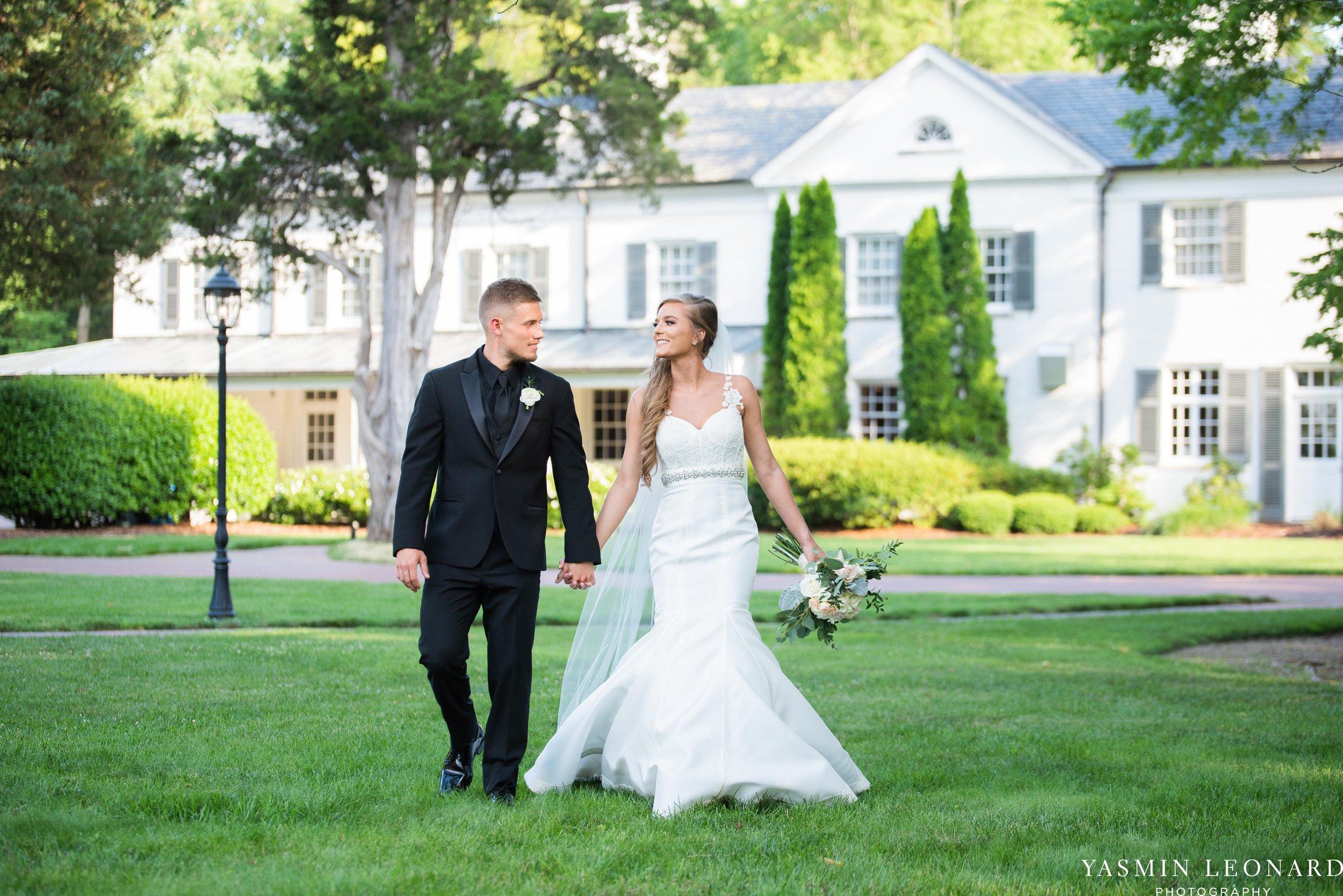 Boxwood Estate - Boxwood Estate Wedding - Luxury Wedding - Black and White Wedding - NC Wedding Venues - NC Weddings - NC Photographer - Lantern Release Grand Exit - Large Wedding Party - Yasmin Leonard Photography-39.jpg