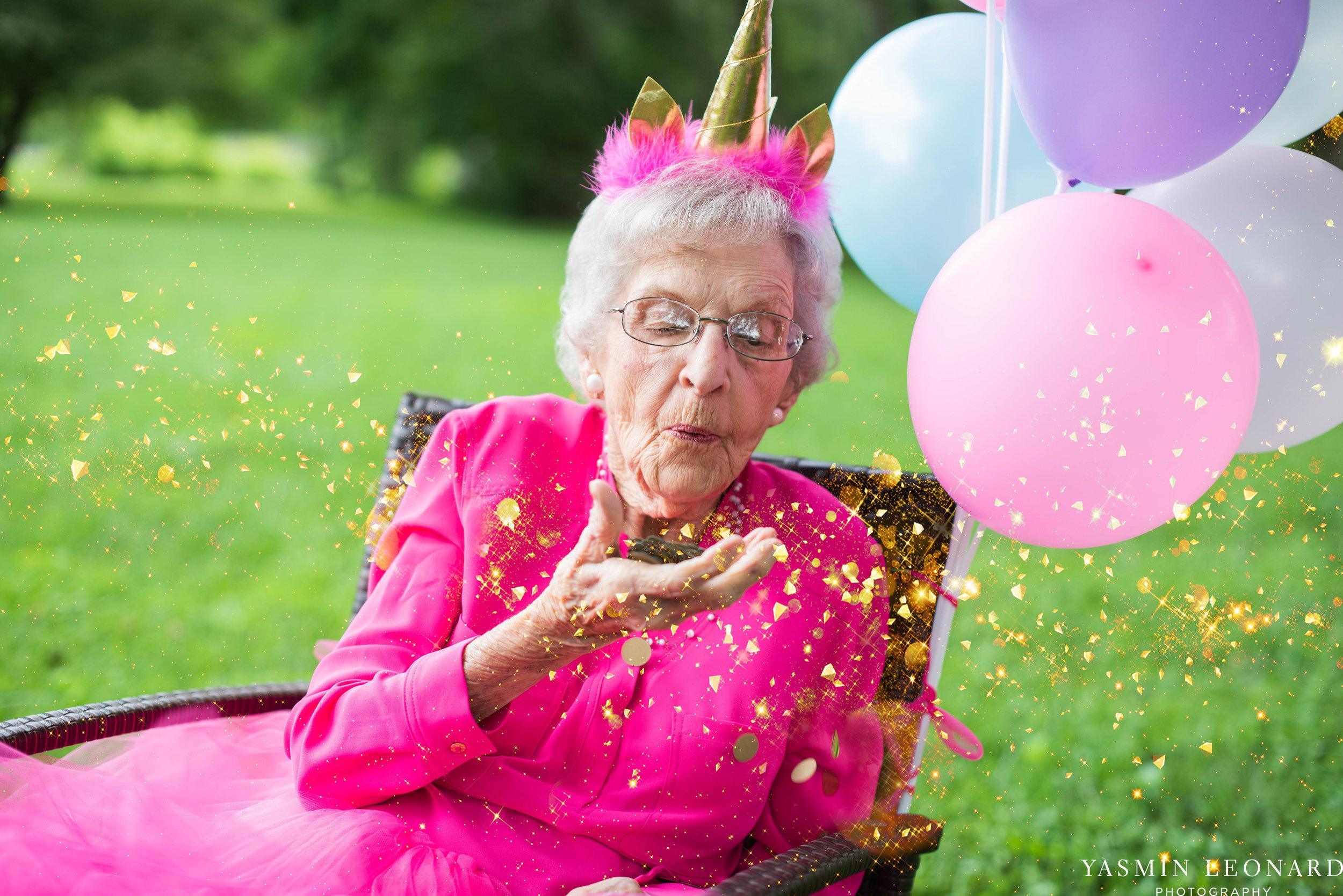 99 Year Old Birthday - Great Grandma Birthday Session - Grandma Birthday Session - 99 years Old - Adult Birthday Session - Four Generations-3.jpg