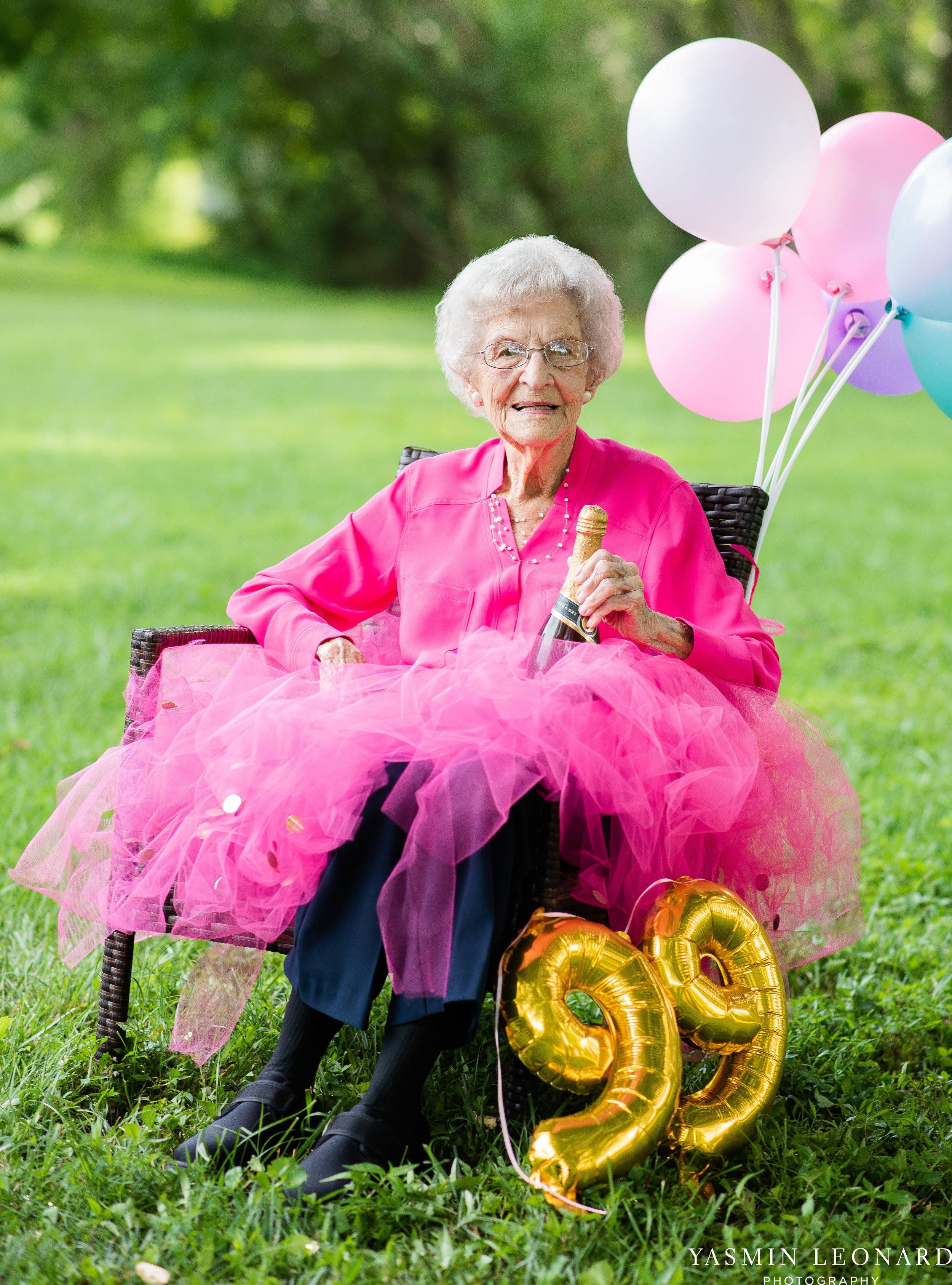99 Year Old Birthday - Great Grandma Birthday Session - Grandma Birthday Session - 99 years Old - Adult Birthday Session - Four Generations-6.jpg