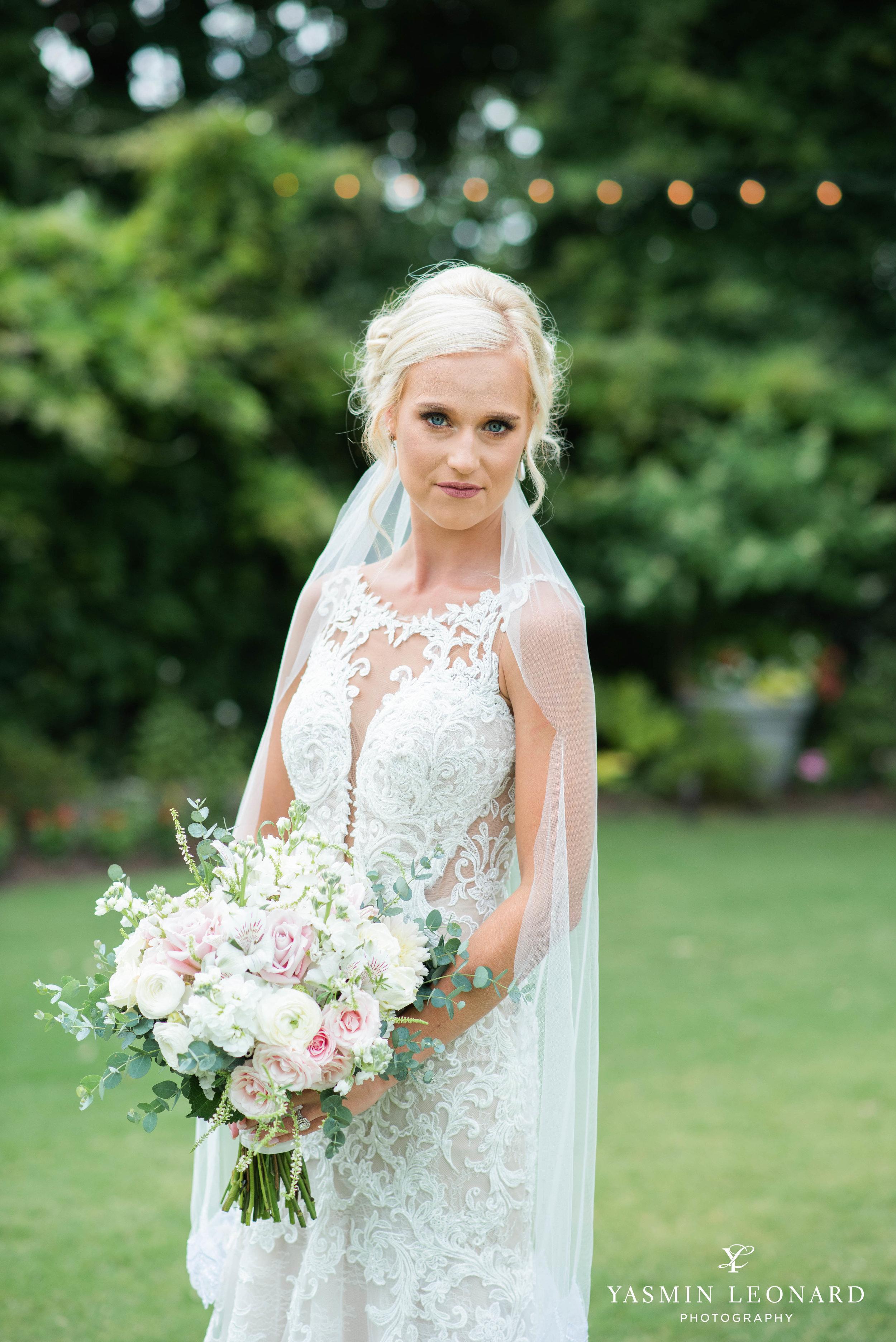 Separk Mansion - NC Weddings - Gastonia Wedding - NC Wedding Venues - Pink and Blue Wedding Ideas - Pink Bridesmaid Dresses - Yasmin Leonard Photography-10.jpg