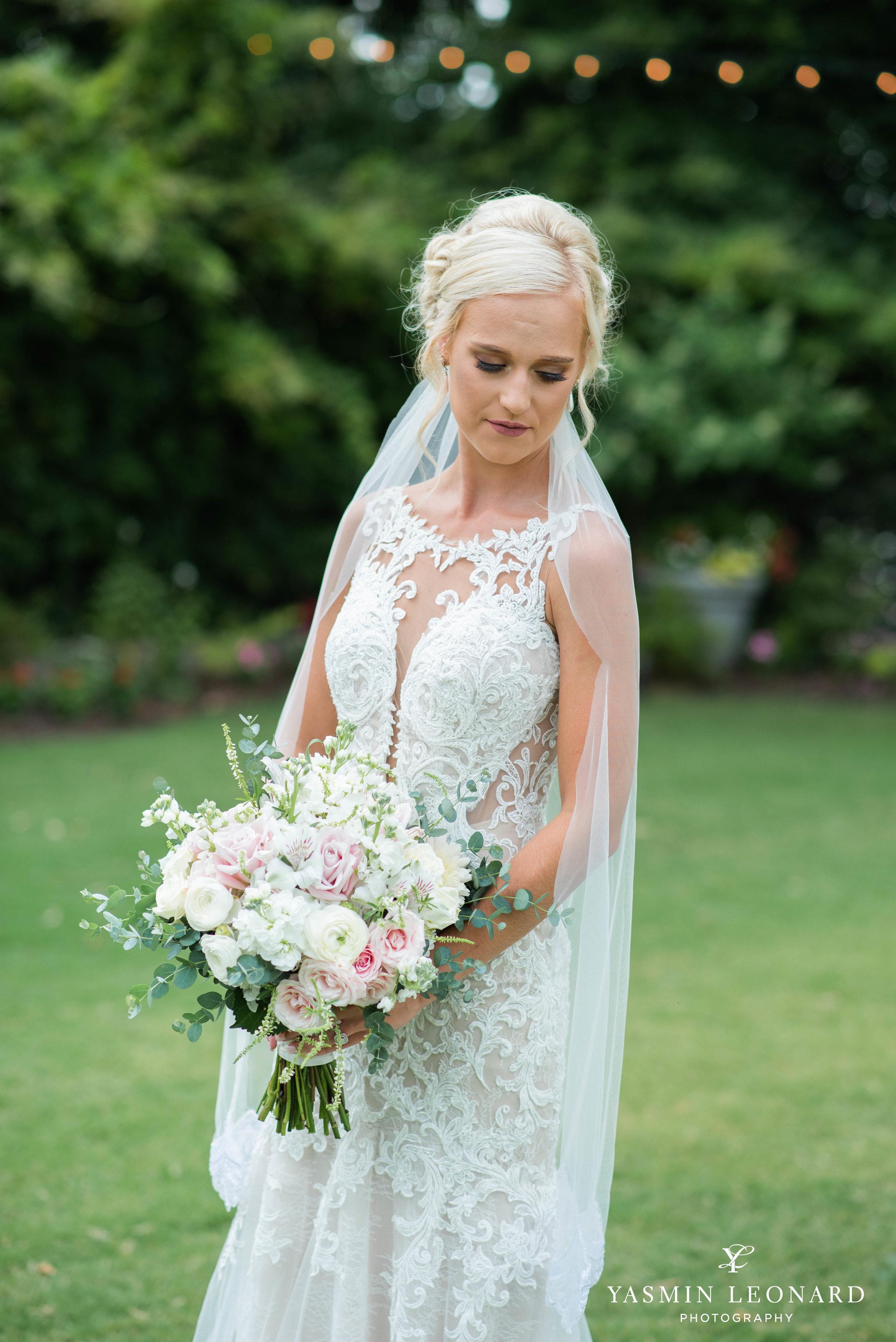 Separk Mansion - NC Weddings - Gastonia Wedding - NC Wedding Venues - Pink and Blue Wedding Ideas - Pink Bridesmaid Dresses - Yasmin Leonard Photography-12.jpg
