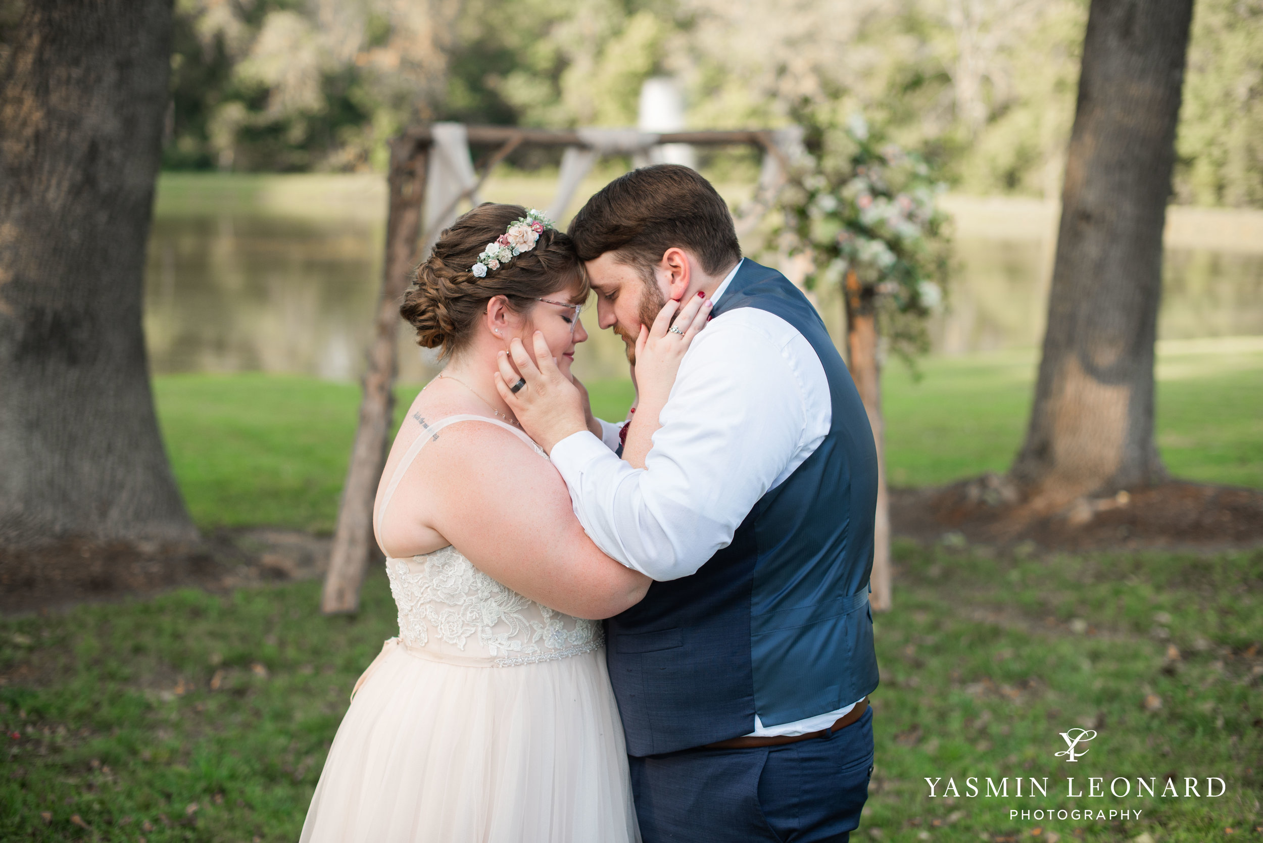 Hannah and David - l'abri at Linwood - NC Barn Weddings - Guys and Girls on Bride's Side - How to incorporate guys with bridesmaids - navy fall wedding - high point photographer - nc wedding venues - triad weddings-33.jpg