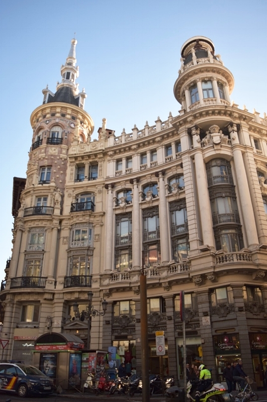Walking through the centre of Madrid, you will come across amazing structures such as the above.