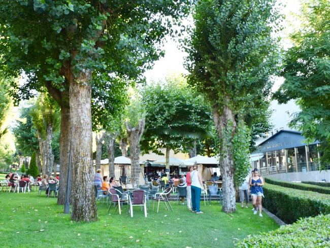 Outdoor terrace cafeteria at La Casona.