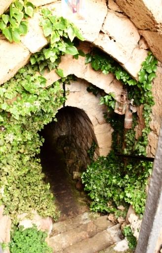 Head into the eight kilometres of caves in Brihuega.