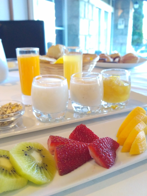 A delicious breakfast made with local ingredients