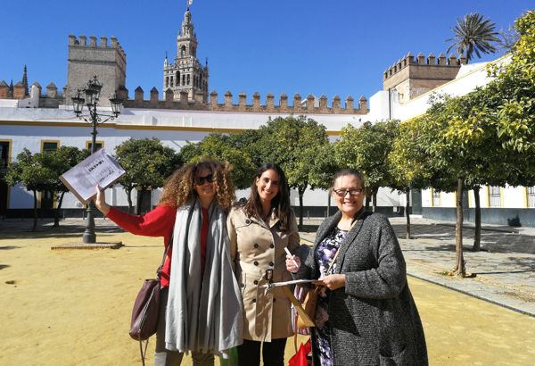 Cristina takes two of her students on a walk through the streets of Seville to practice what they are learning. Cristina Expósito photo