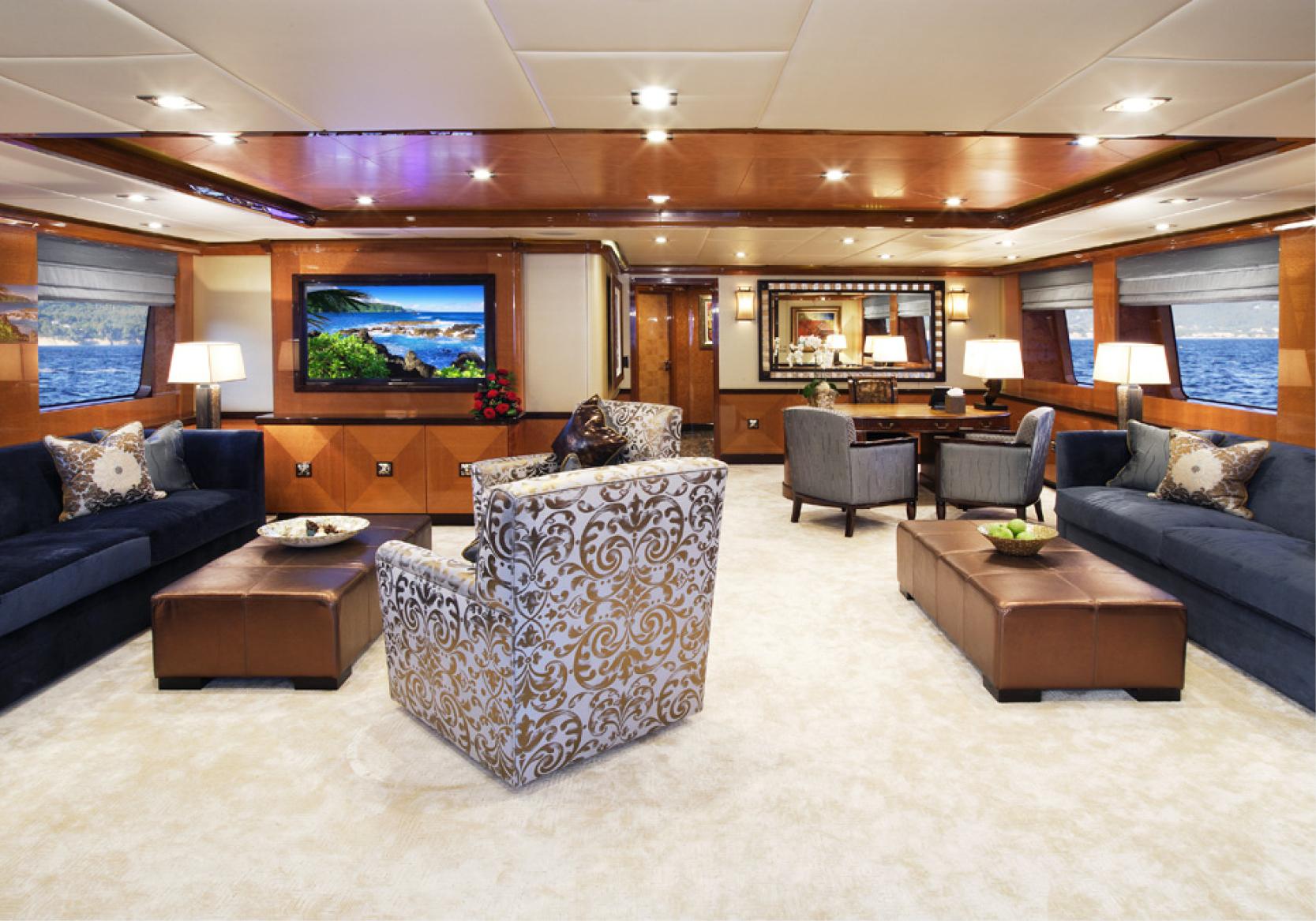 Karen-Lynn-Interior-Design-Yacht-Falcon-5.jpg