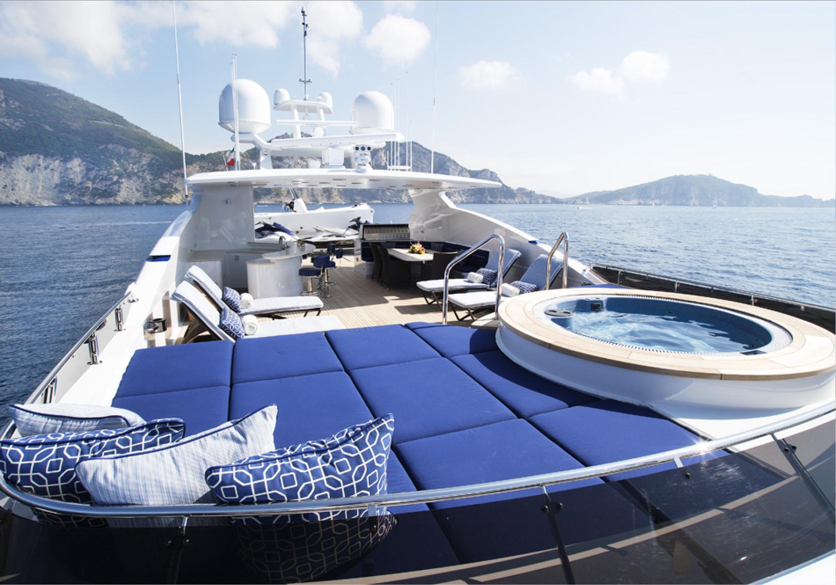 Karen-Lynn-Interior-Design-Yacht-Falcon-44.jpg