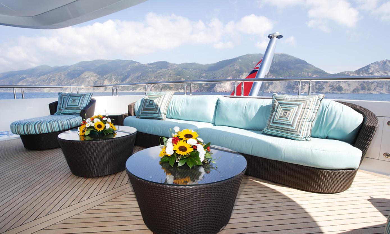 Yacht-Design-Exteriors-and-Beach-Clubs-2.jpg