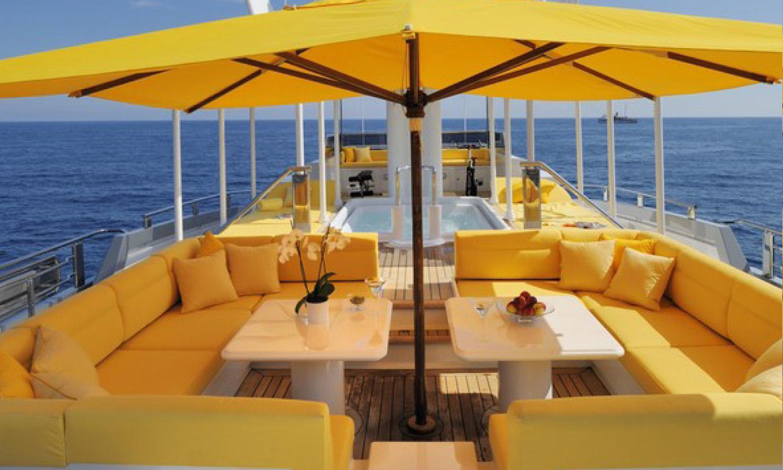 Yacht-Design-Exteriors-and-Beach-Clubs-5b.jpg