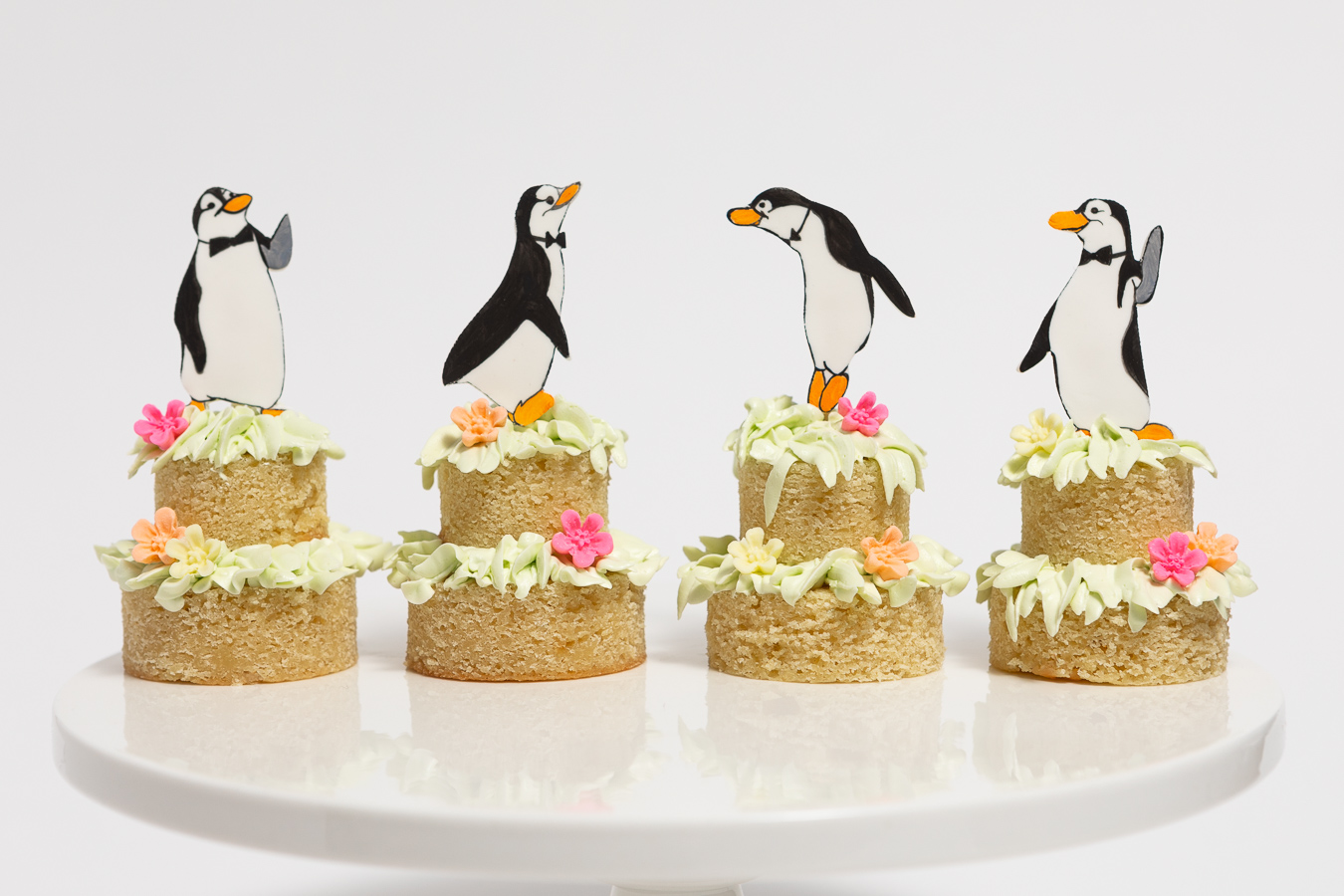 Mary Poppins Dancing Penguin Butler Cakelets