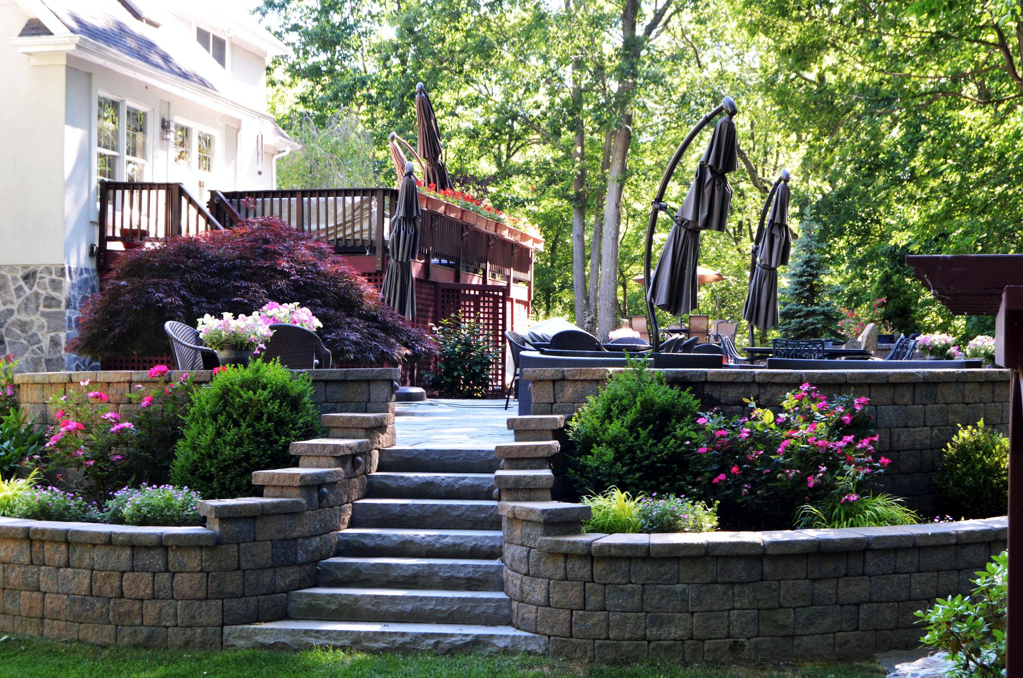 Westchester County, NY custom masonry design steps and patio
