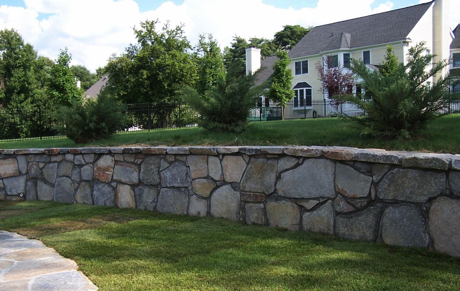 Westchester County, NY custom masonry retaining wall