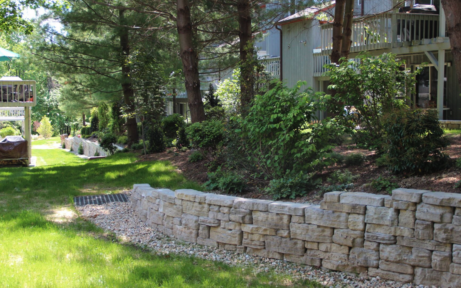 Westchester County, NY natural stone retaining wall