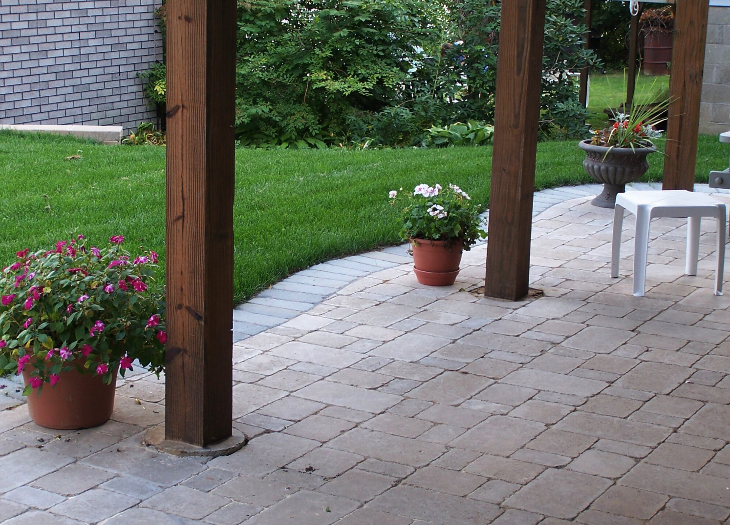 Westchester County, NY natural stone retaining wall and steps and patio