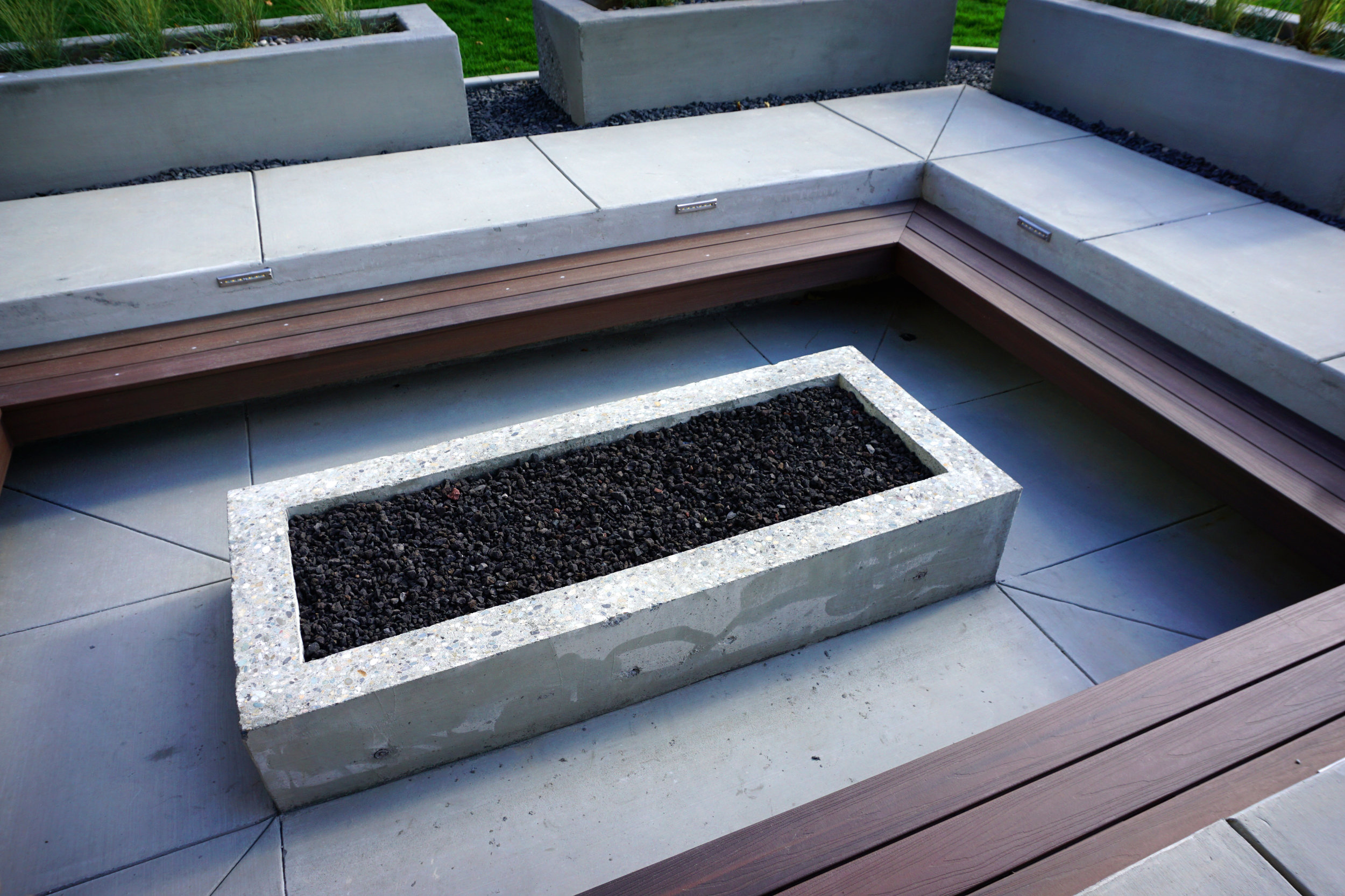 Modern Fire Pit Designs to Consider for Your Yorktown, NY, Backyard