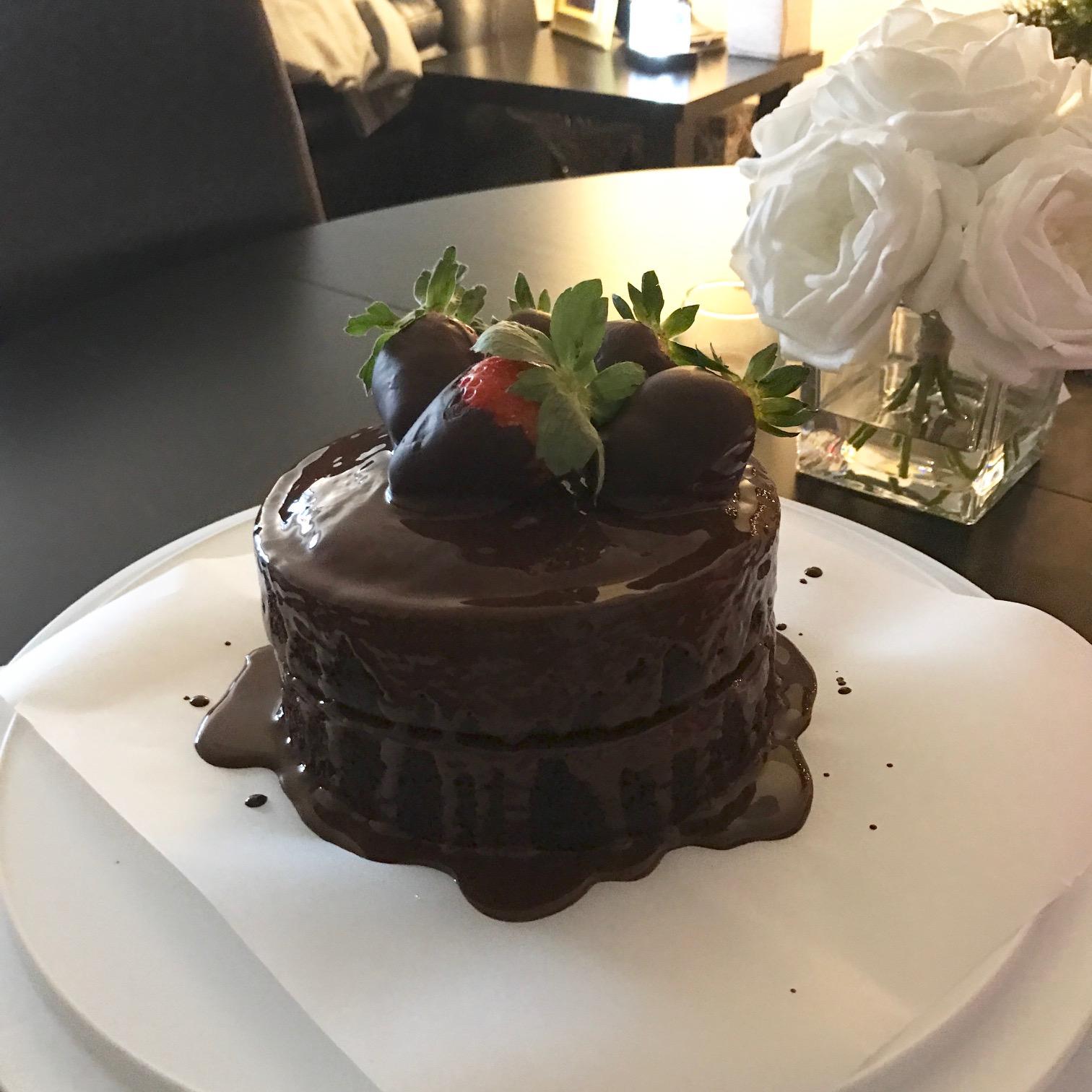 Chocolate Cake with Chocolate Ganache - Paleo