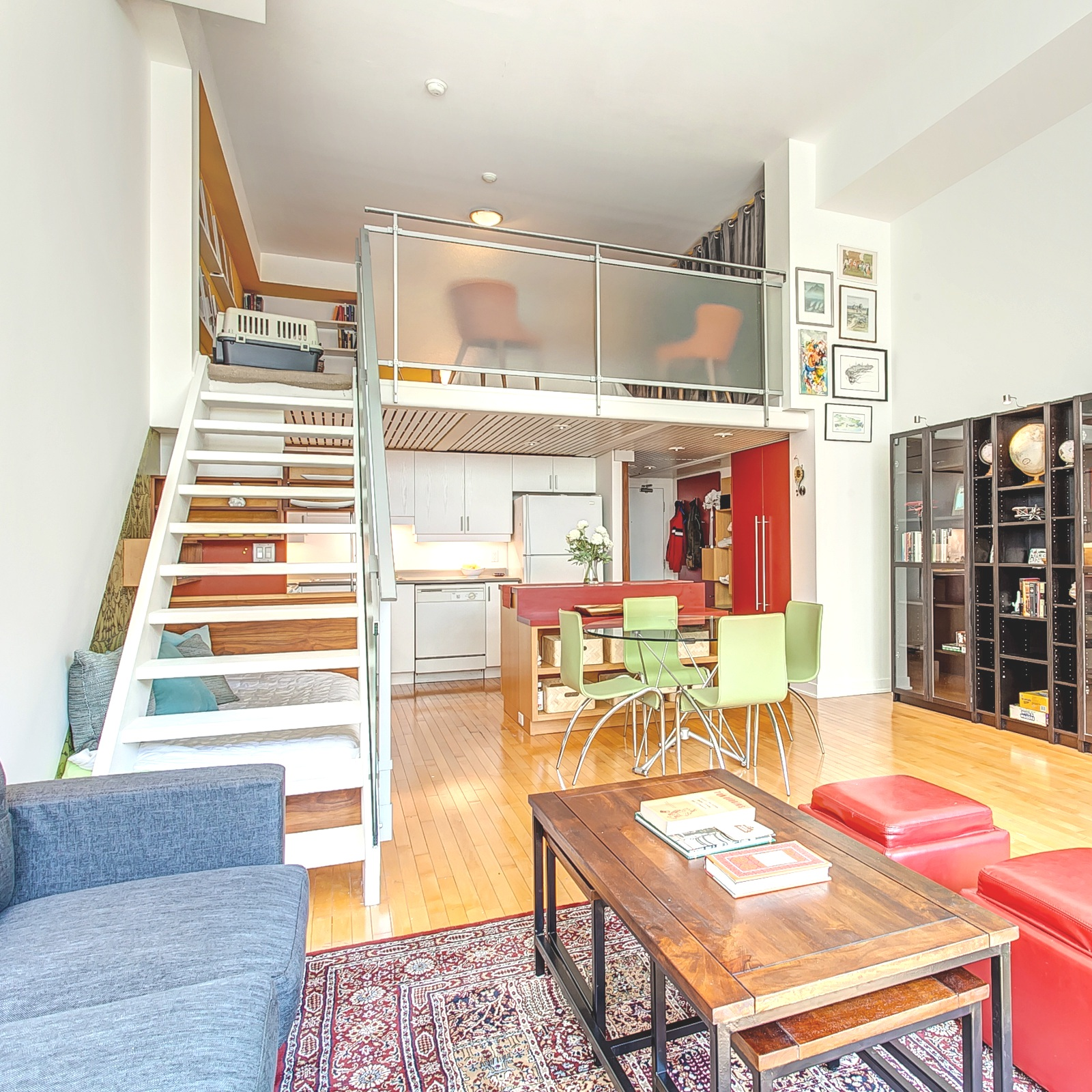 Kensington Loft  One Bedroom | One Bath   Availability TBD