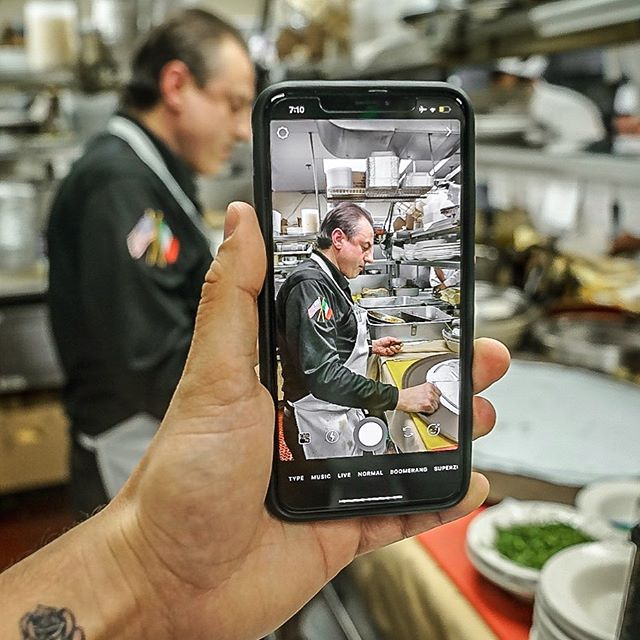 Chef Sal Right Before Creating A Masterpiece. 👌🏽 🍝 . . . #quattrostagioni #eat #eatfamous #eatupnewyork #foodie #foodstagram #forkyeah #foodporn #nycfoodie #goodeats #foodblogger #eatingfortheinsta #foodgasm #thedailybite #bites #zagat #yum #yumm #foodbeast #pizza #pizzamania #pizzapics #pizzapizza #lovefood #pasta #pastapasta