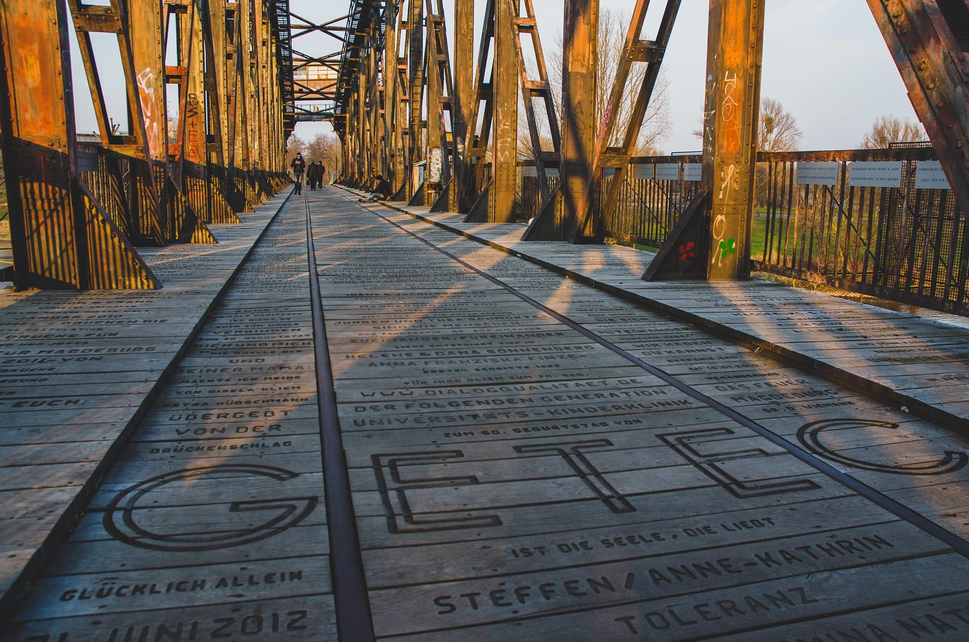 Magdeburg Elbbahnhof Hubbrücke Rolf Onnen
