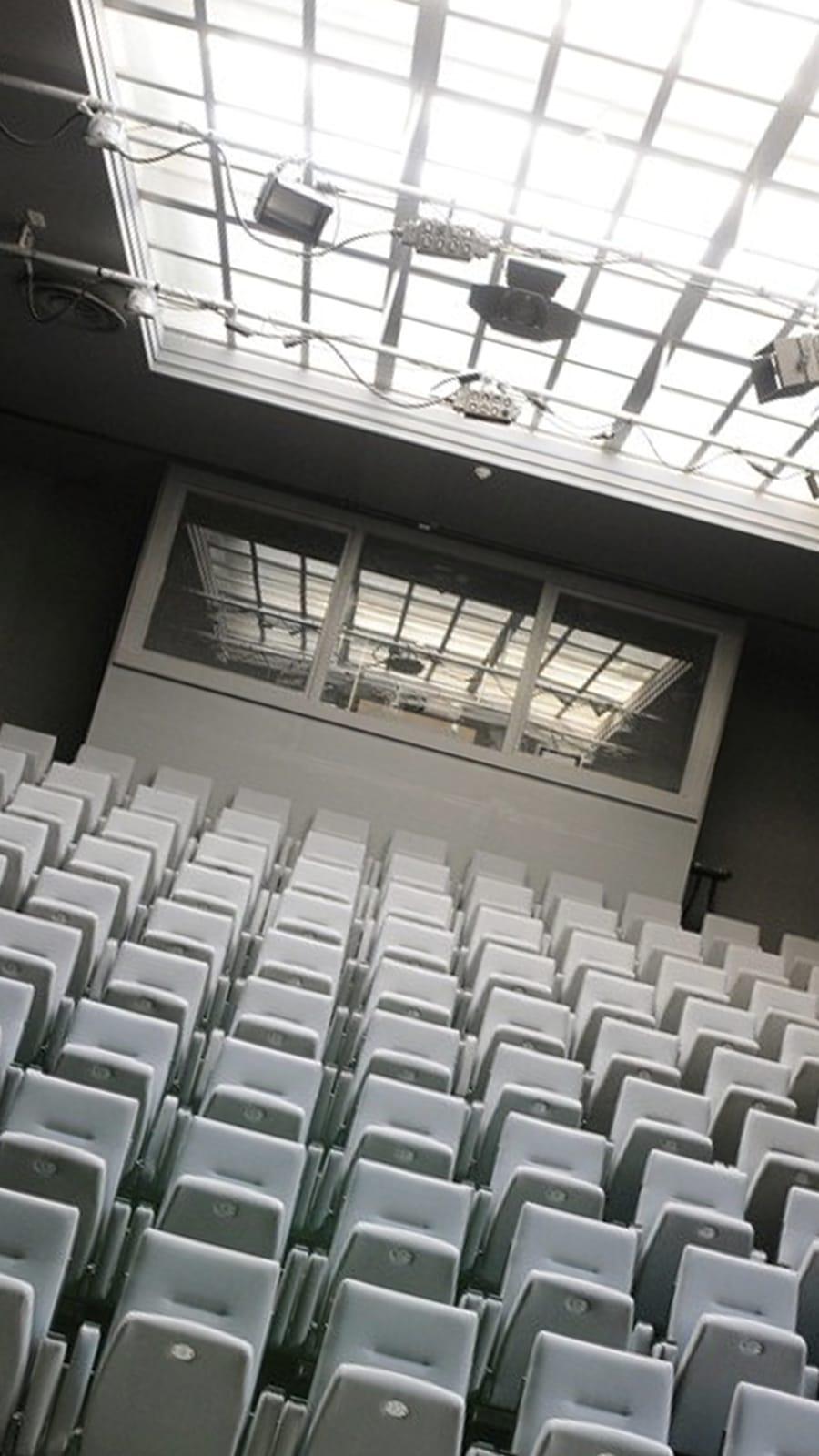 LAB111 cinema -
