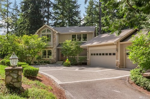 1420 218th Avenue NE, Sammamish | $1,100,000