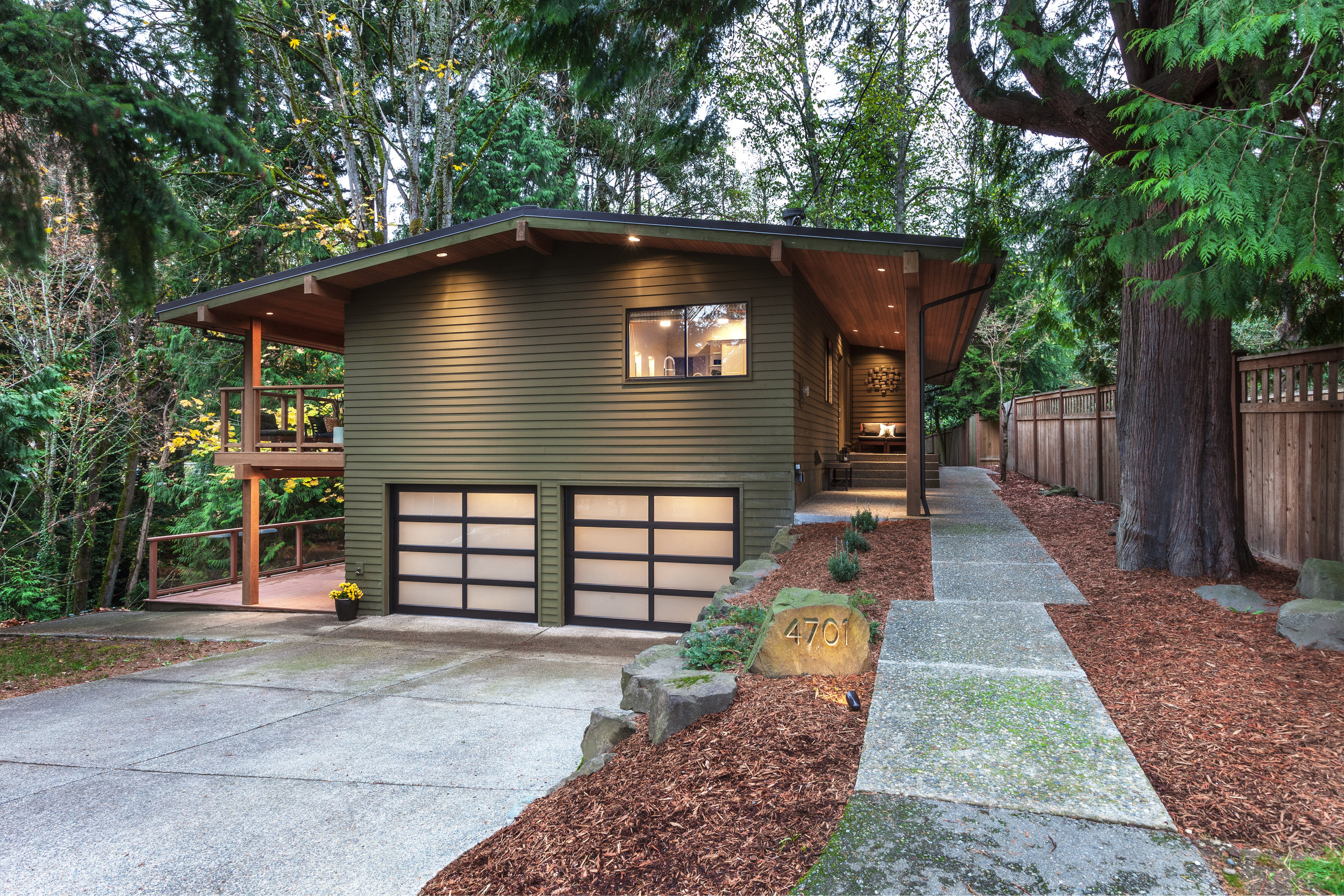 4701 88th Ave SE, Mercer Island | $1,132,500