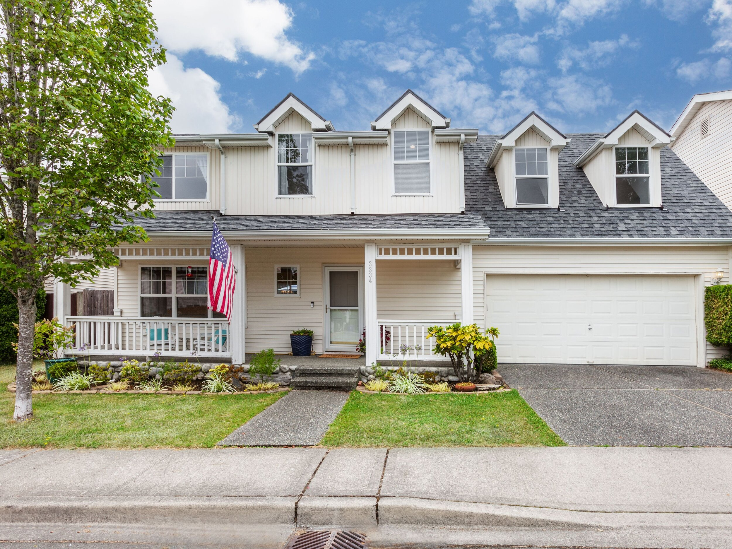 3834 NE 5th Pl, Renton | $481,000
