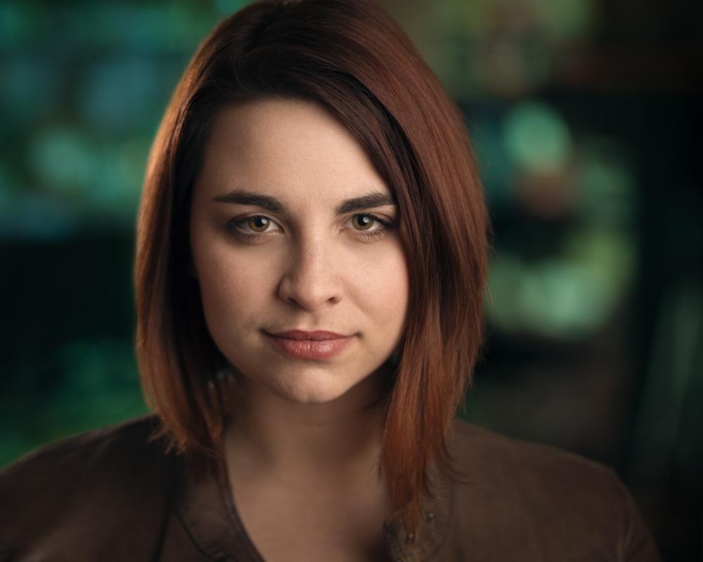 Stephanie.Earle.Headshot.Theatrical.jpg