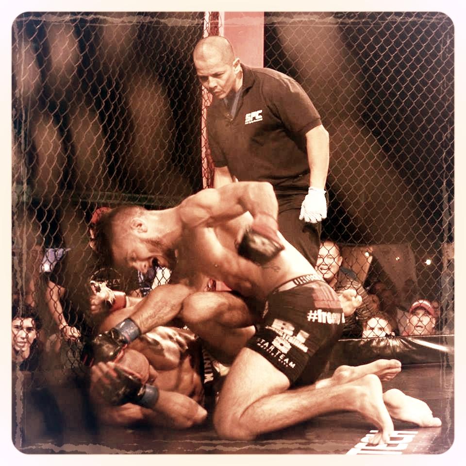 Alberto Orellano   http://www.tapology.com/fightcenter/fighters/86950-alberto-orellano