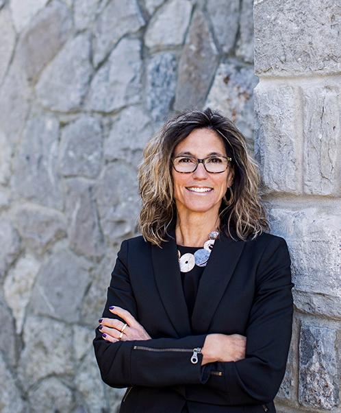 Kathryn d'Artois LL.B., C.S.(Family Law), AccFM,FDRP (Med Arb PC) FDRIO -