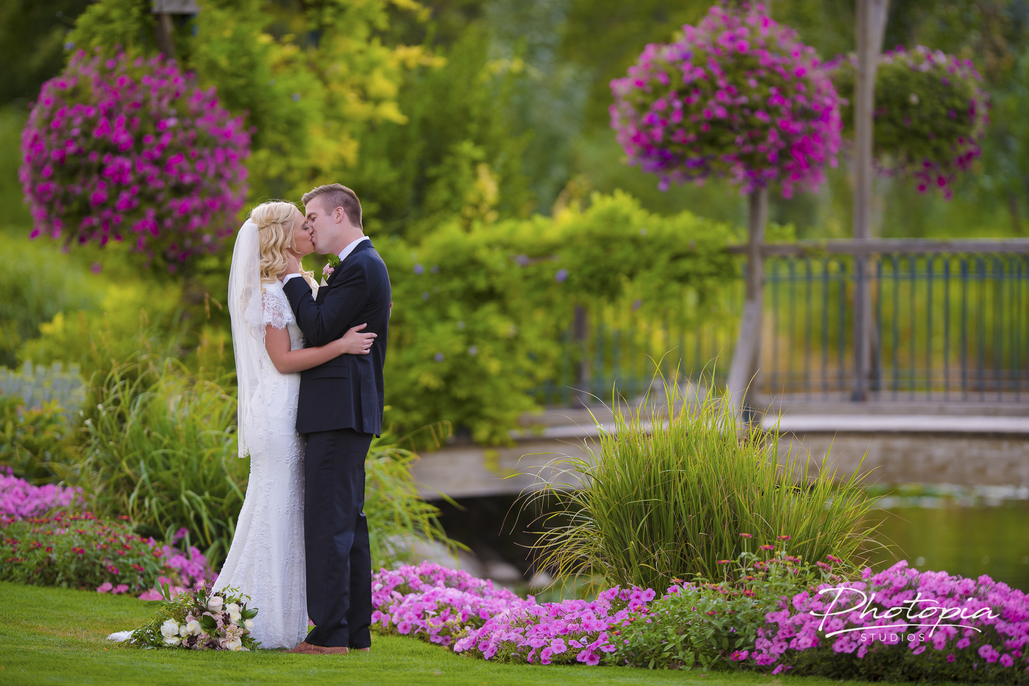 Colton & Kelly | Bountiful Temple - Thanksgiving Point Gardens