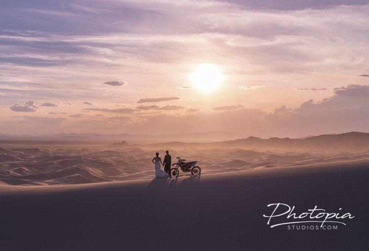 Cassie & Sendie | La Jardin - Little Sahara Sand Dunes