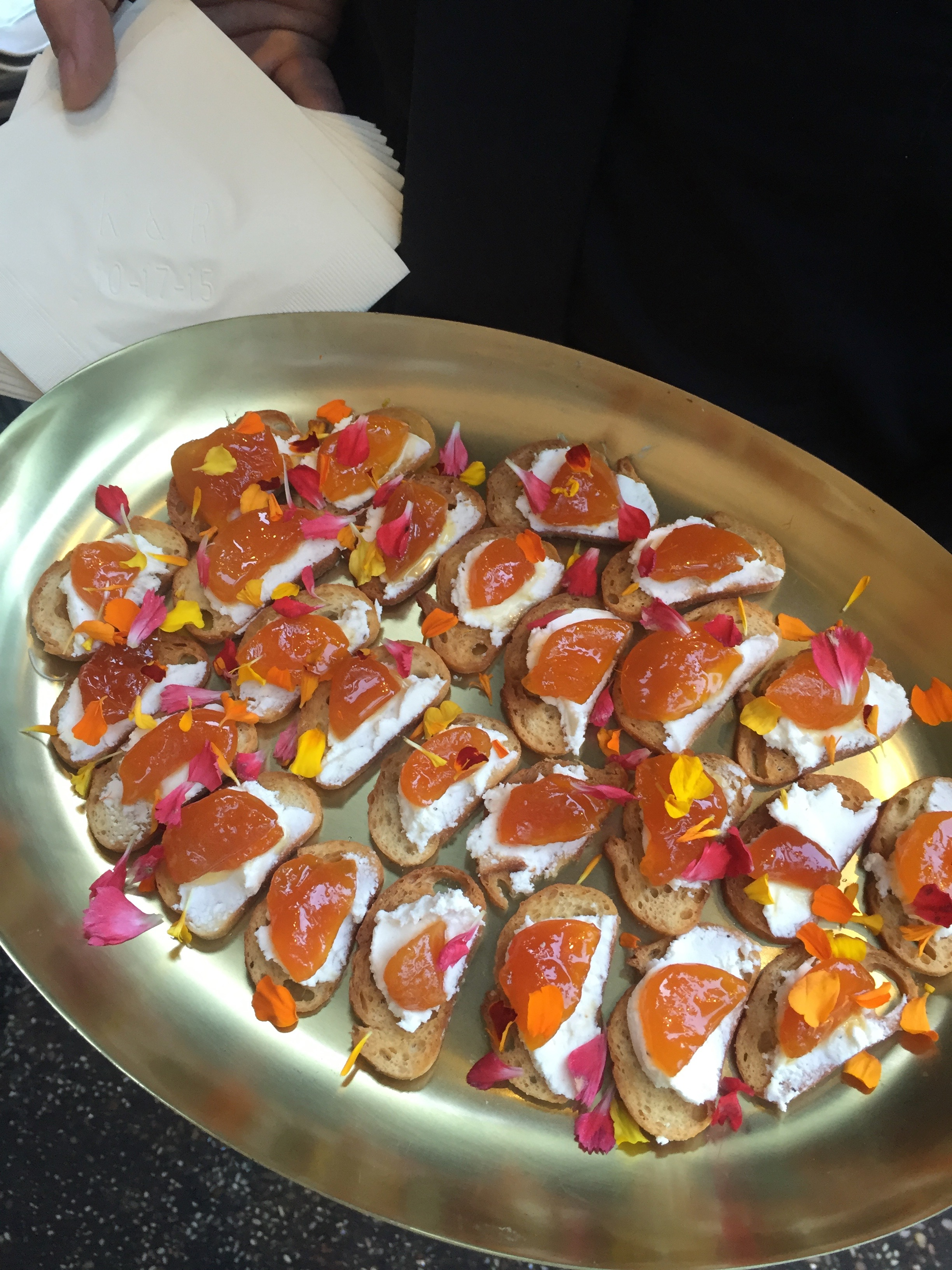 Apricot Goat Cheese Crostini